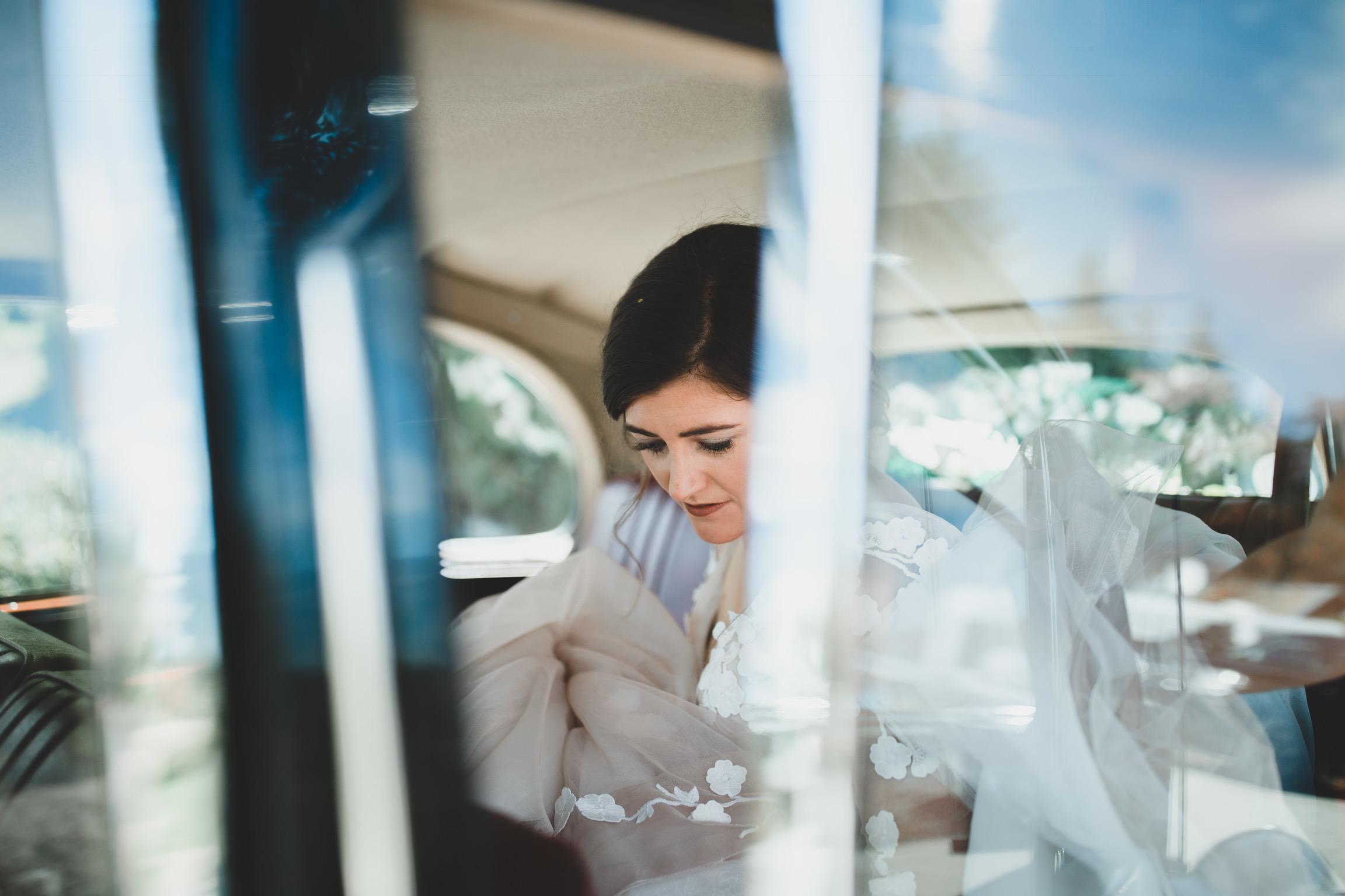 04 Tamsin Henshaw Wedding Dress Testimonial   Classic Car