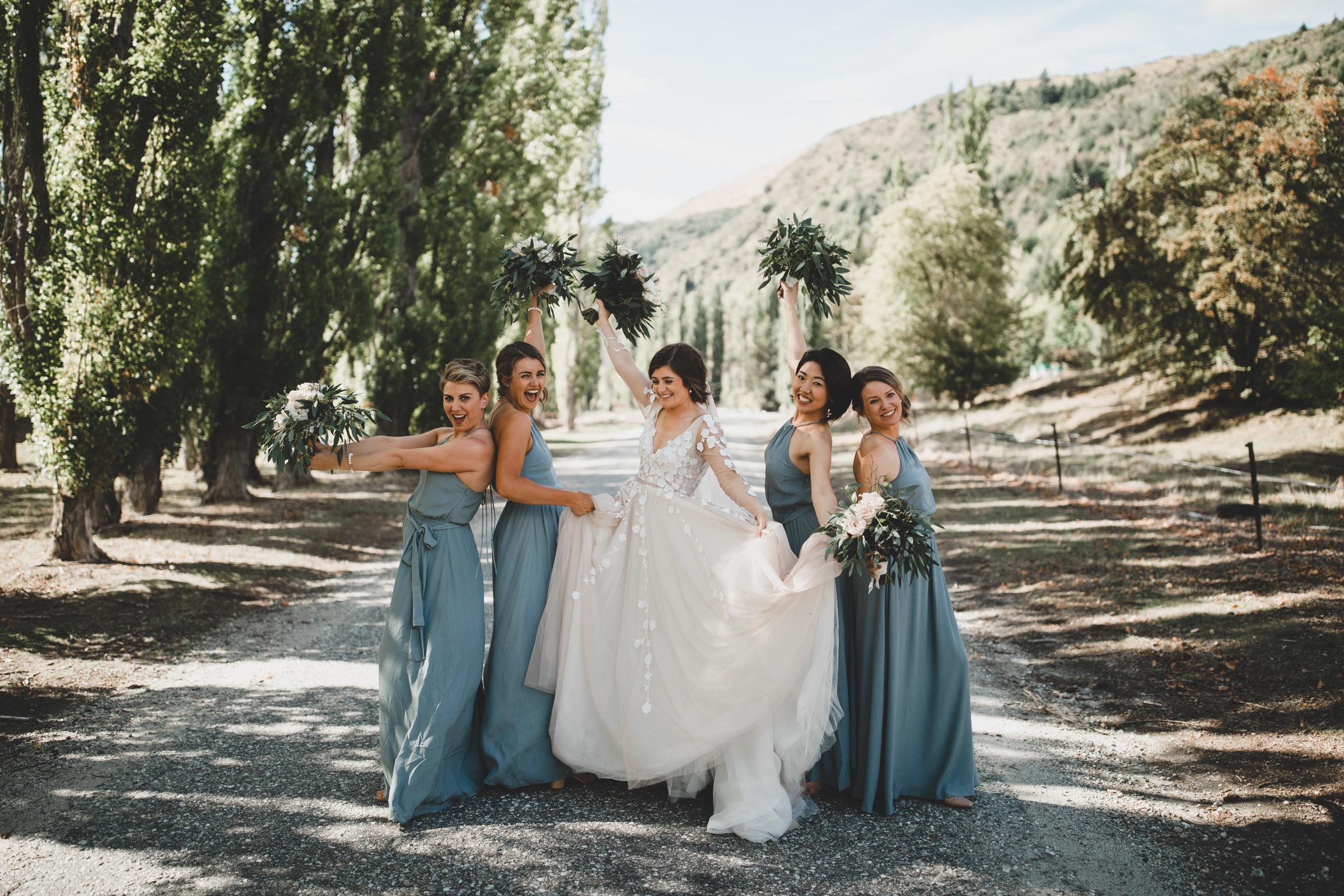 06 Tamsin Henshaw Wedding Dress Testimonial   W Bridesmaids