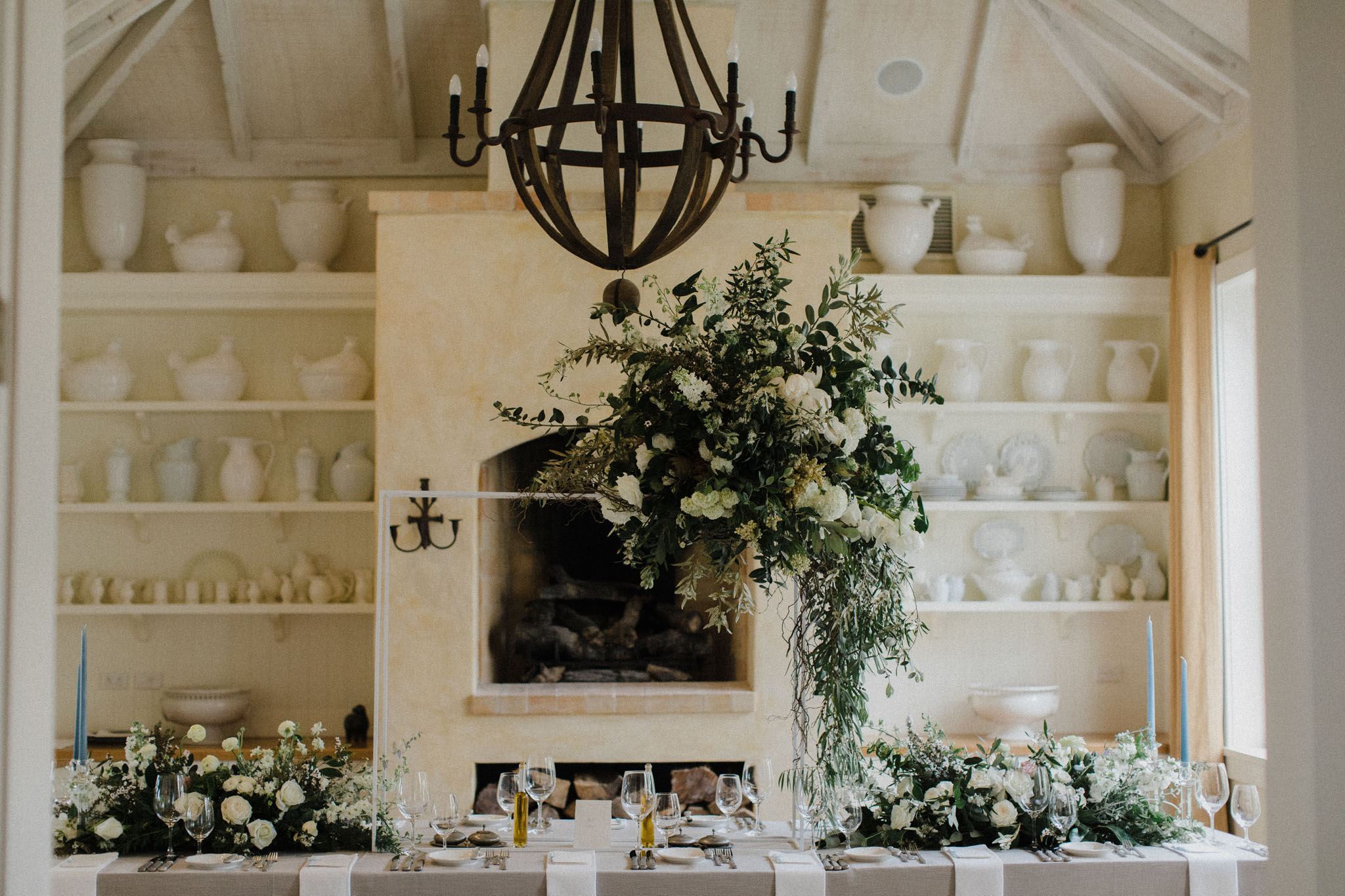 Melissa+Sean Capekidnappers Flowers Table Inspiration 0191
