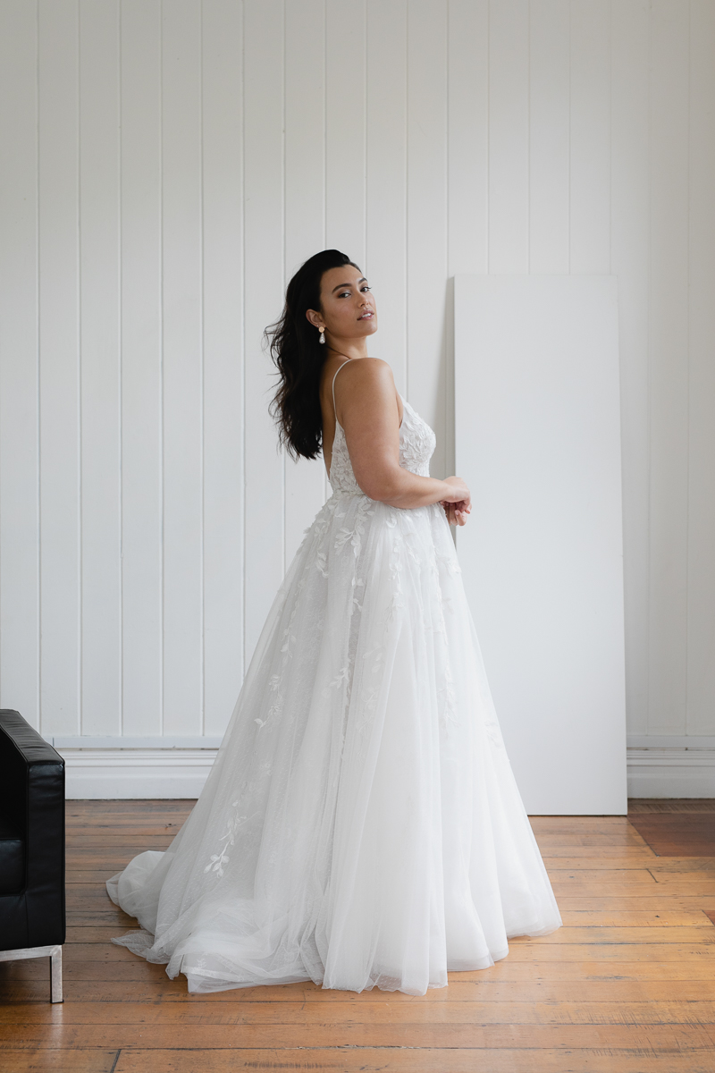 20190910 Hera Corp Studio Curve 038Toussaint Wedding Dress