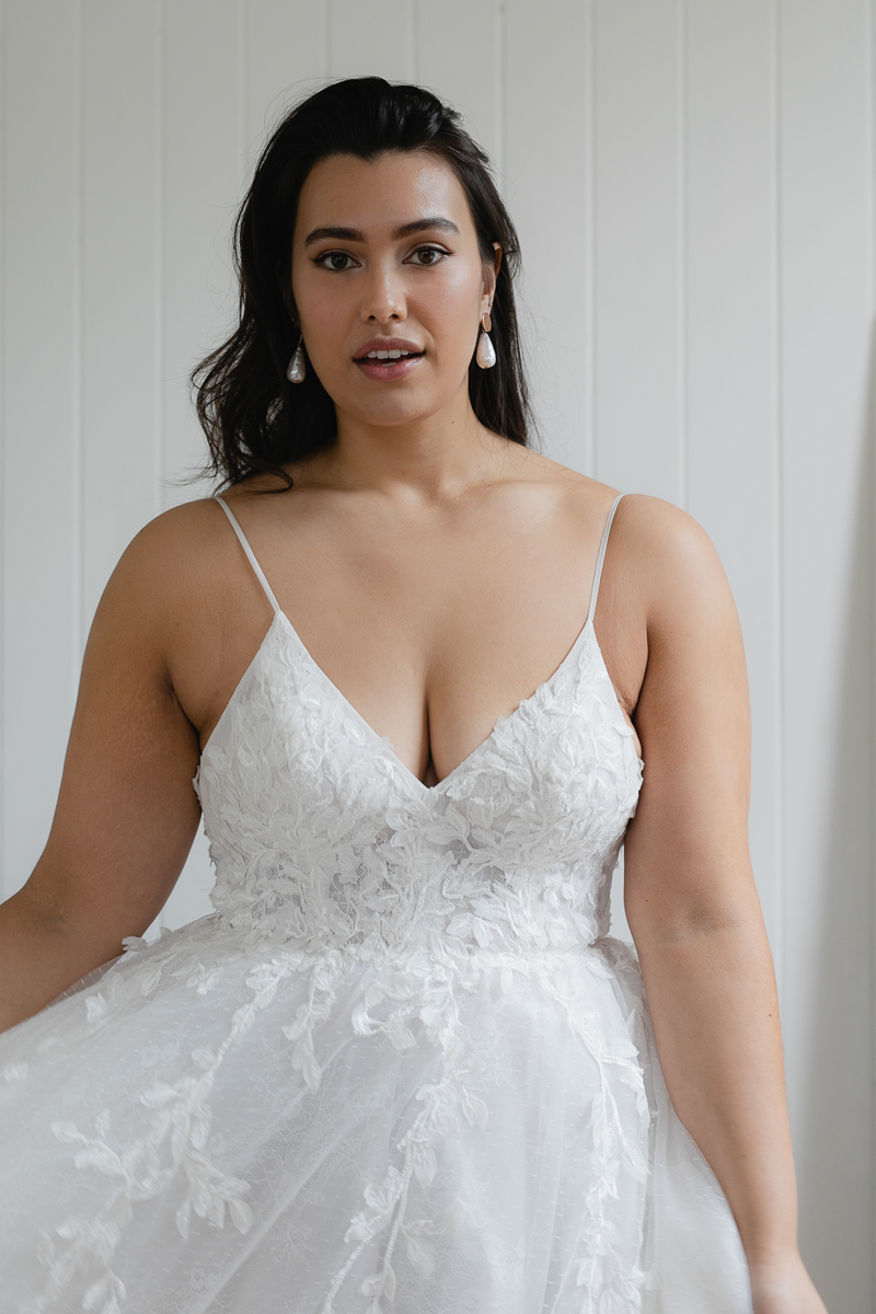 20190910 Hera Corp Studio Curve 106Toussaint Wedding Dress