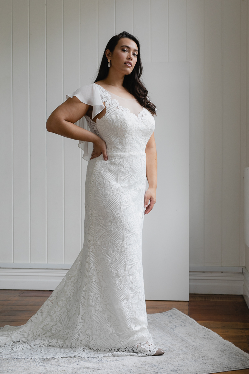 20190910 Hera Corp Studio Curve 1710Klose Wedding Dress