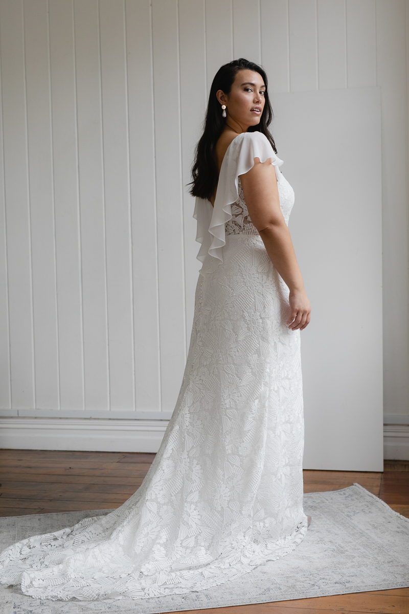 20190910 Hera Corp Studio Curve 1728Klose Wedding Dress