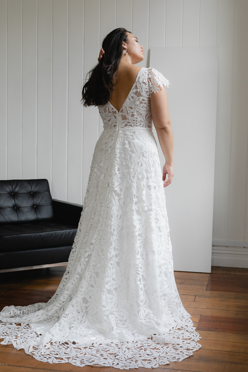 20190910 Hera Corp Studio Curve 2040De Fossa Flare Wedding Dress