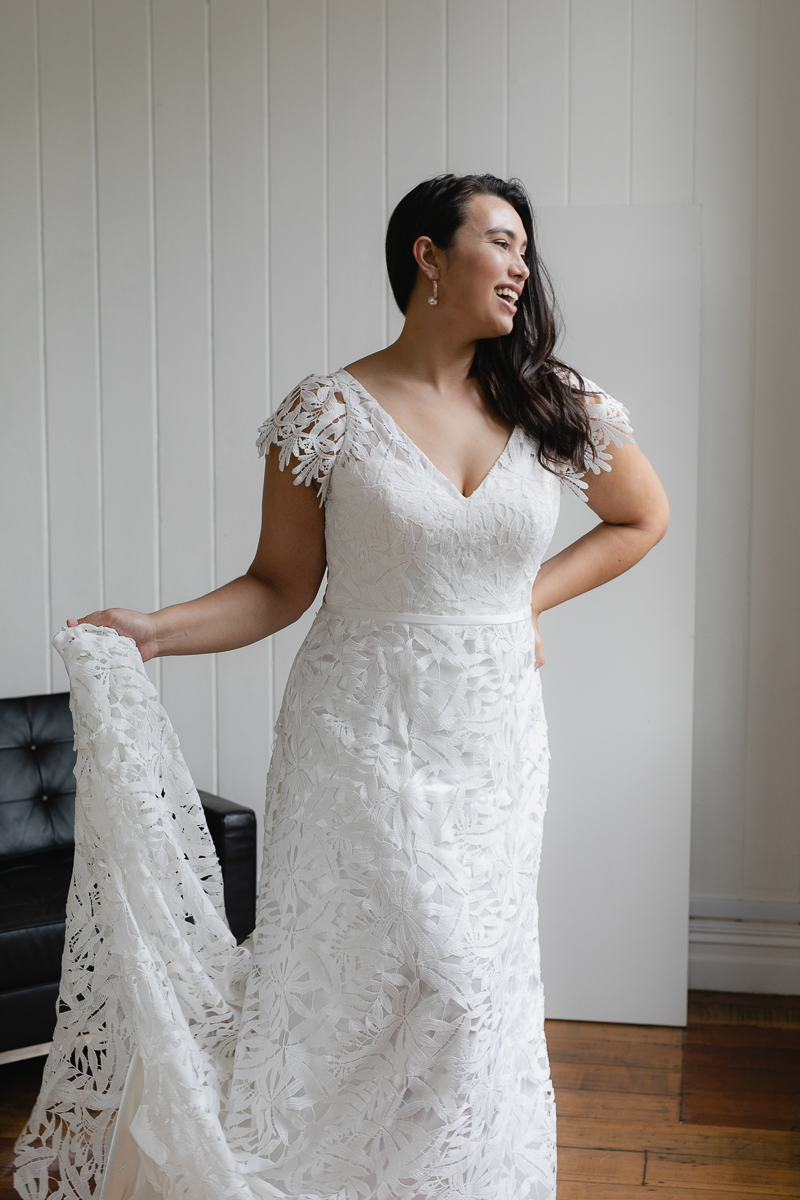 20190910 Hera Corp Studio Curve 2143De Fossa Flare Wedding Dress