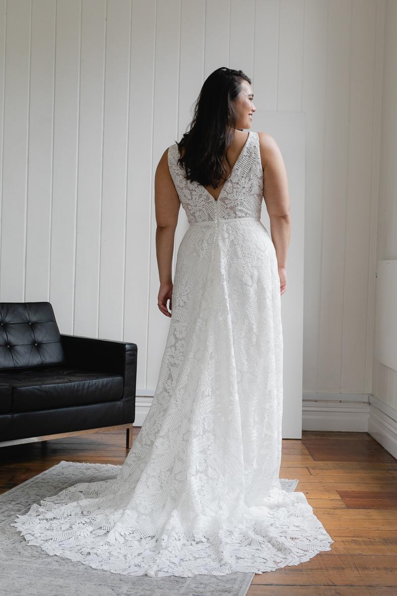 20190910 Hera Corp Studio Curve 2318Rihann Flare Wedding Dress