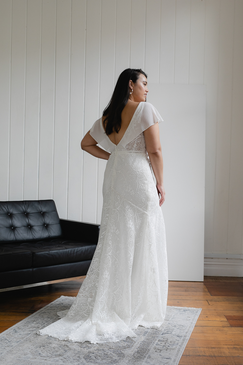 20190910 Hera Corp Studio Curve 2391Caldini Wedding Dress