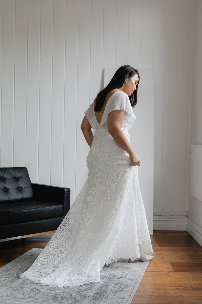 20190910 Hera Corp Studio Curve 2394Caldini Wedding Dress