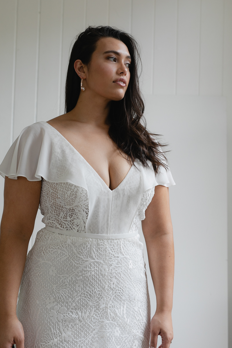 20190910 Hera Corp Studio Curve 2471Caldini Wedding Dress