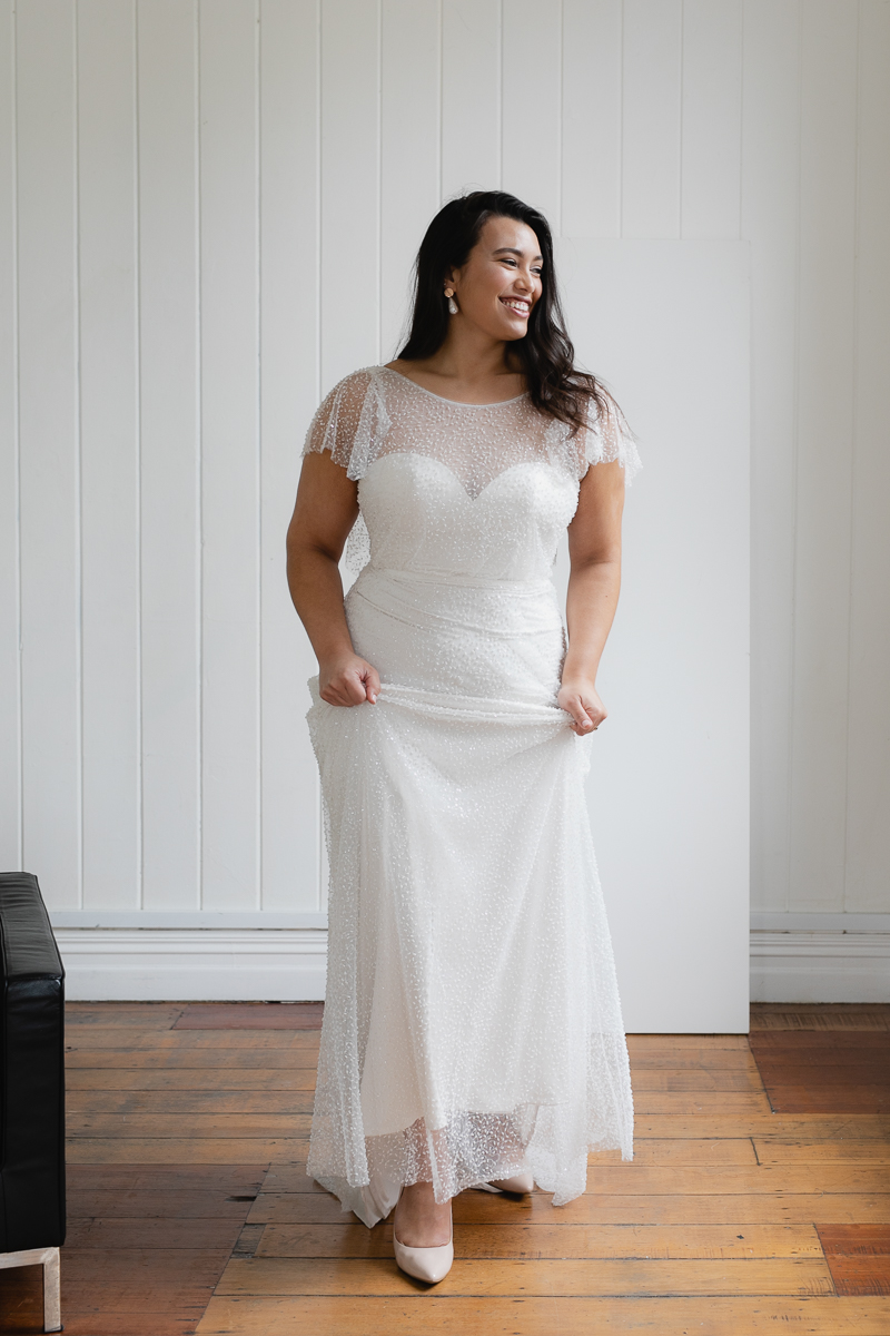 20190910 Hera Corp Studio Curve 327Caccini Beaded Wedding Dress
