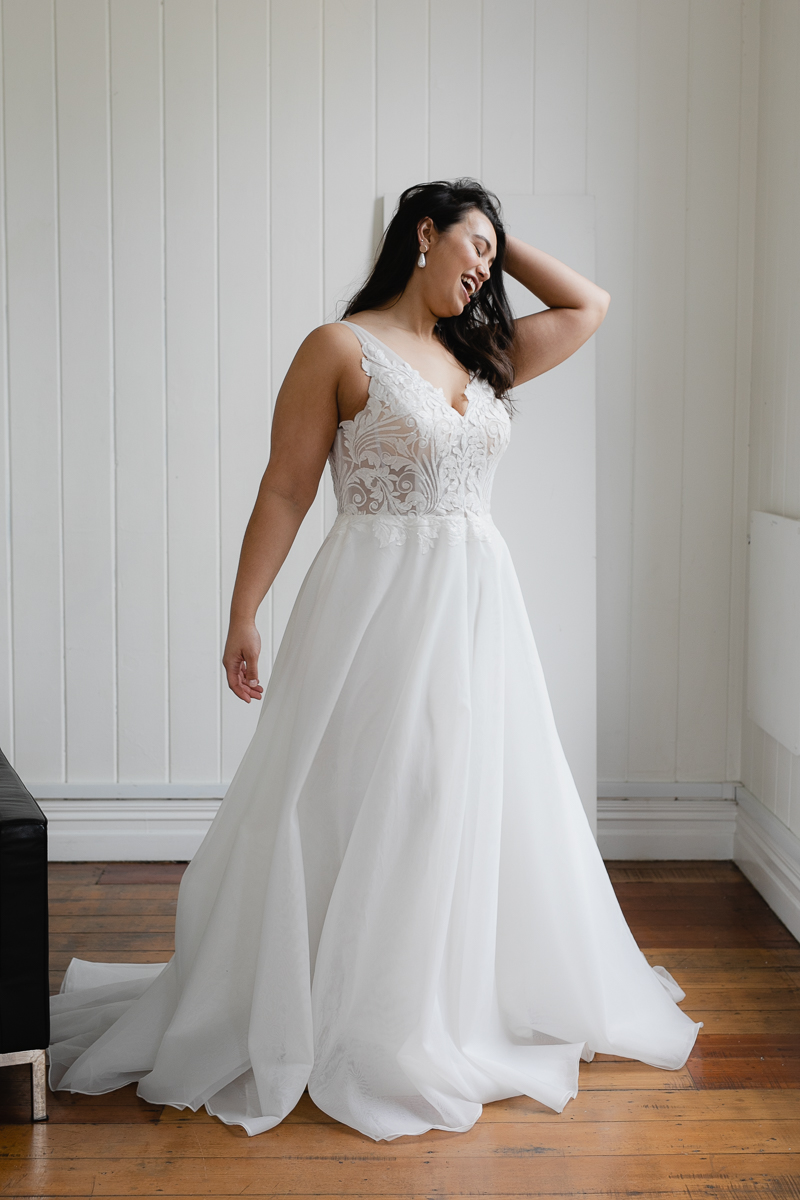 20190910 Hera Corp Studio Curve 381Blanchette Wedding Dress