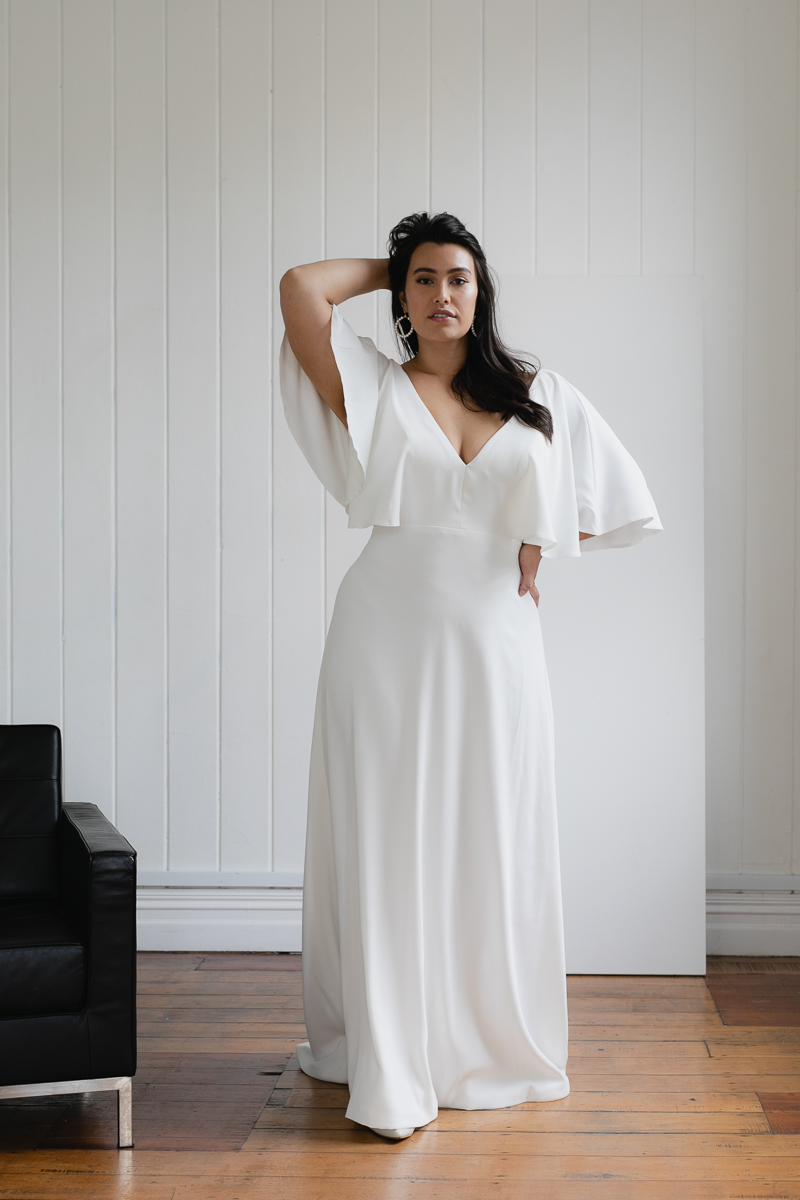 20190910 Hera Corp Studio Curve 730Garcia Wedding Dress
