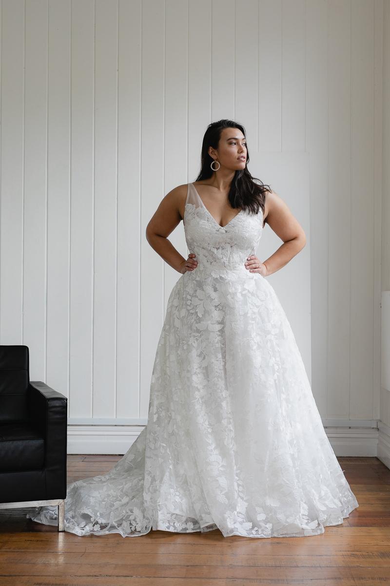 20190910 Hera Corp Studio Curve 845Casado Wedding Dress