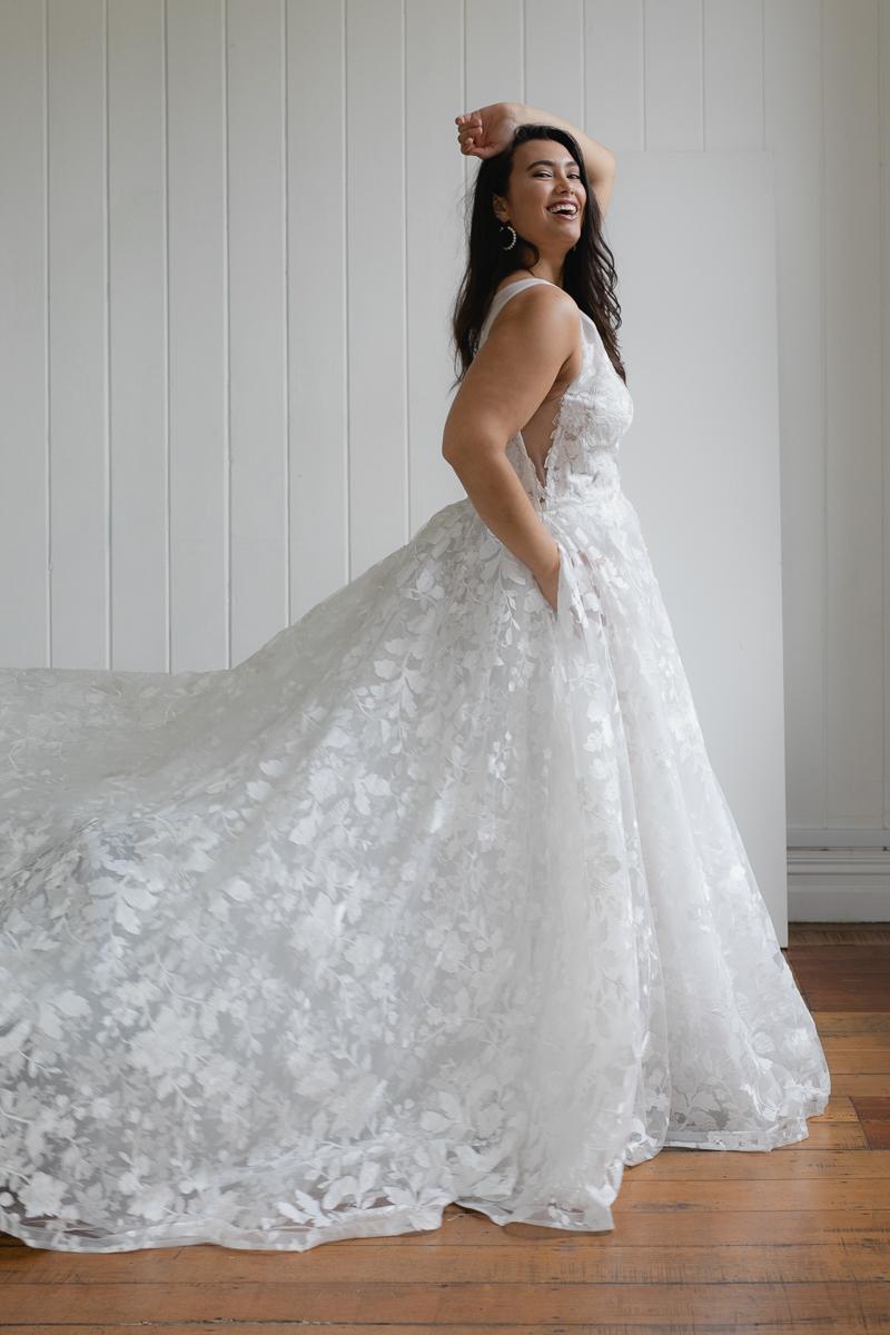 20190910 Hera Corp Studio Curve 891Casado Wedding Dress