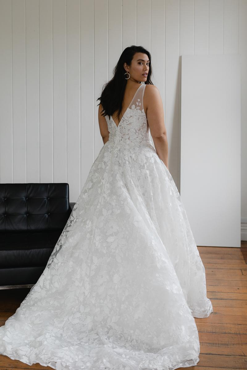 20190910 Hera Corp Studio Curve 896Casado Wedding Dress