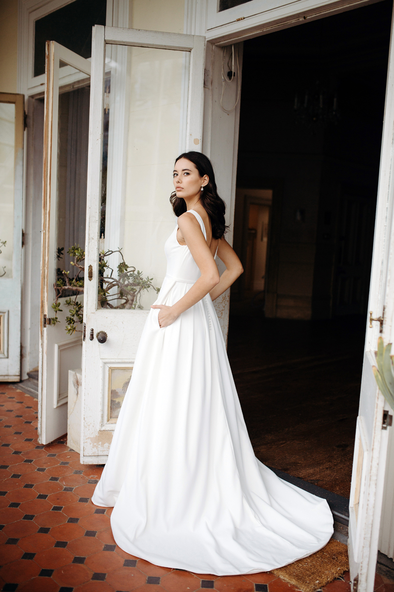 Alves_wedding_dress