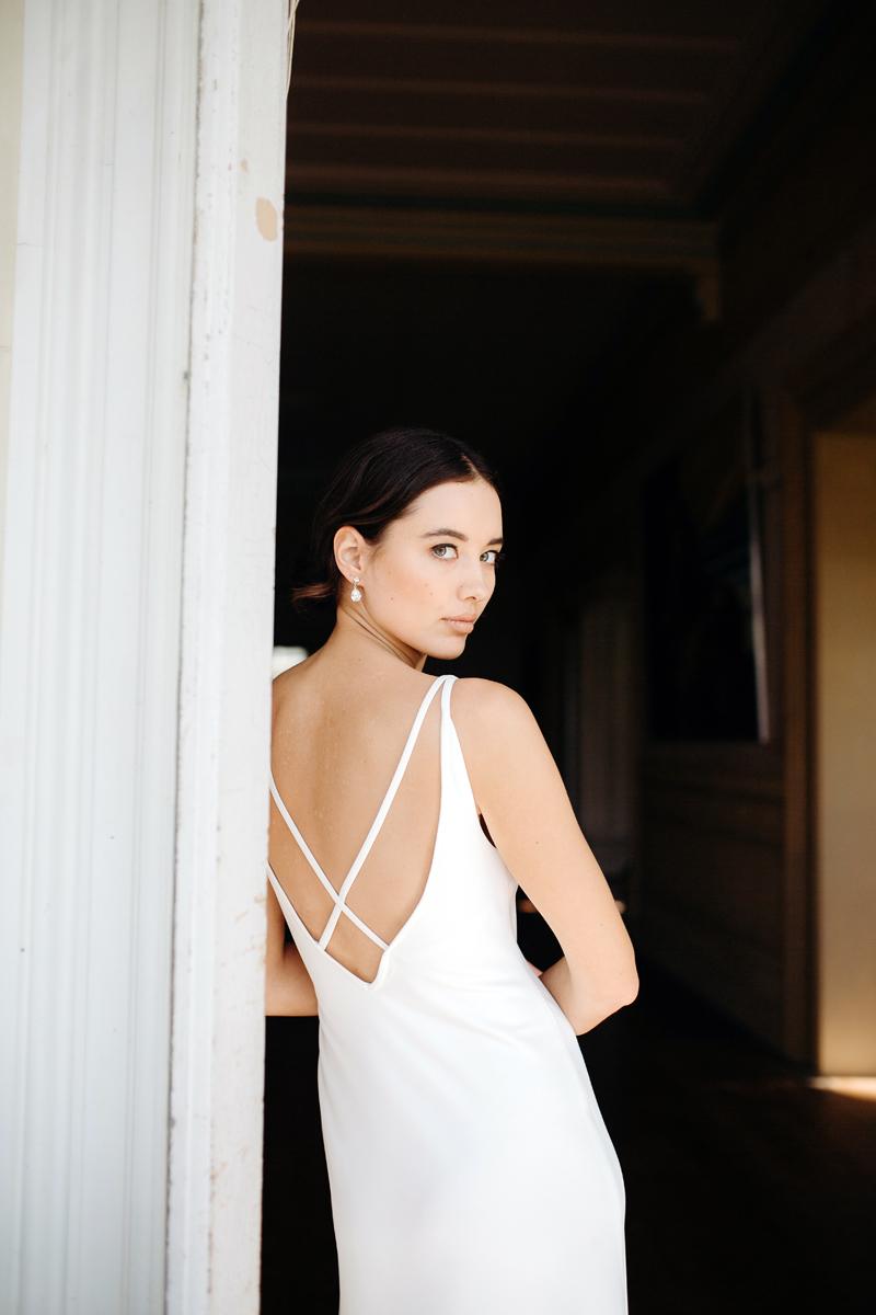 Hera Corelli Wedding Dress Manor_Portrait A65A4733