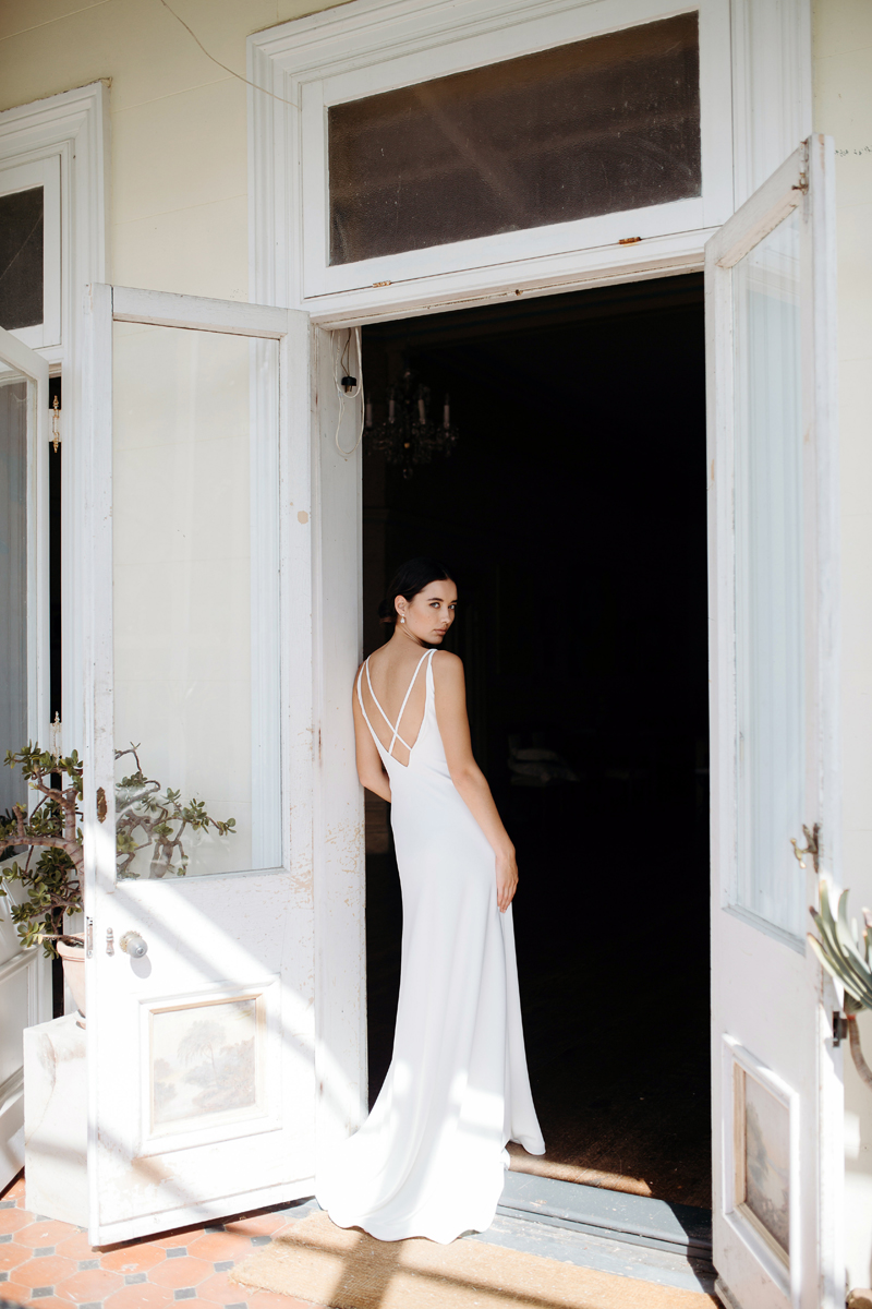 Hera Corelli Wedding Dress Manor_Portrait A65A4742