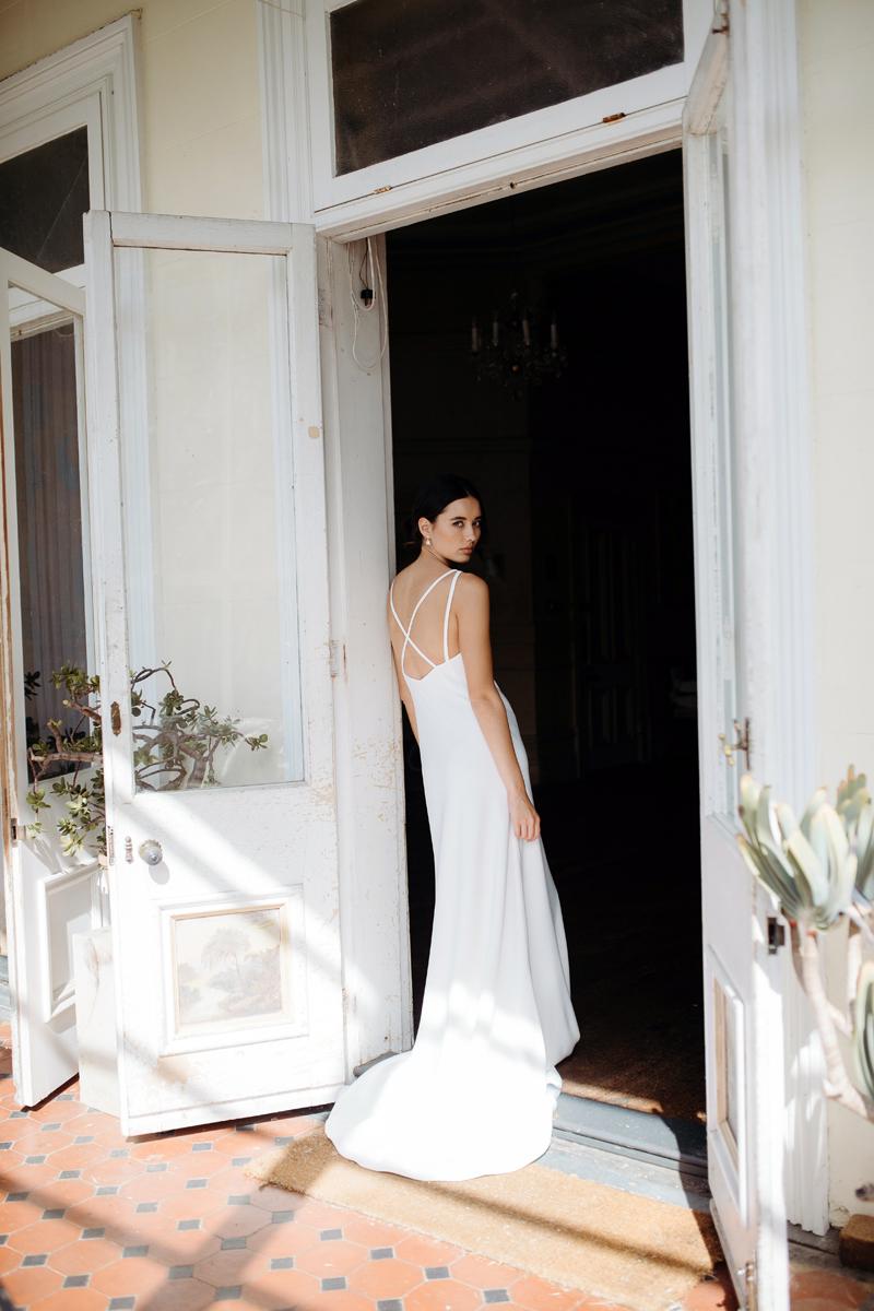 Hera Ennio Wedding Dress Manor_Portrait A65A4772