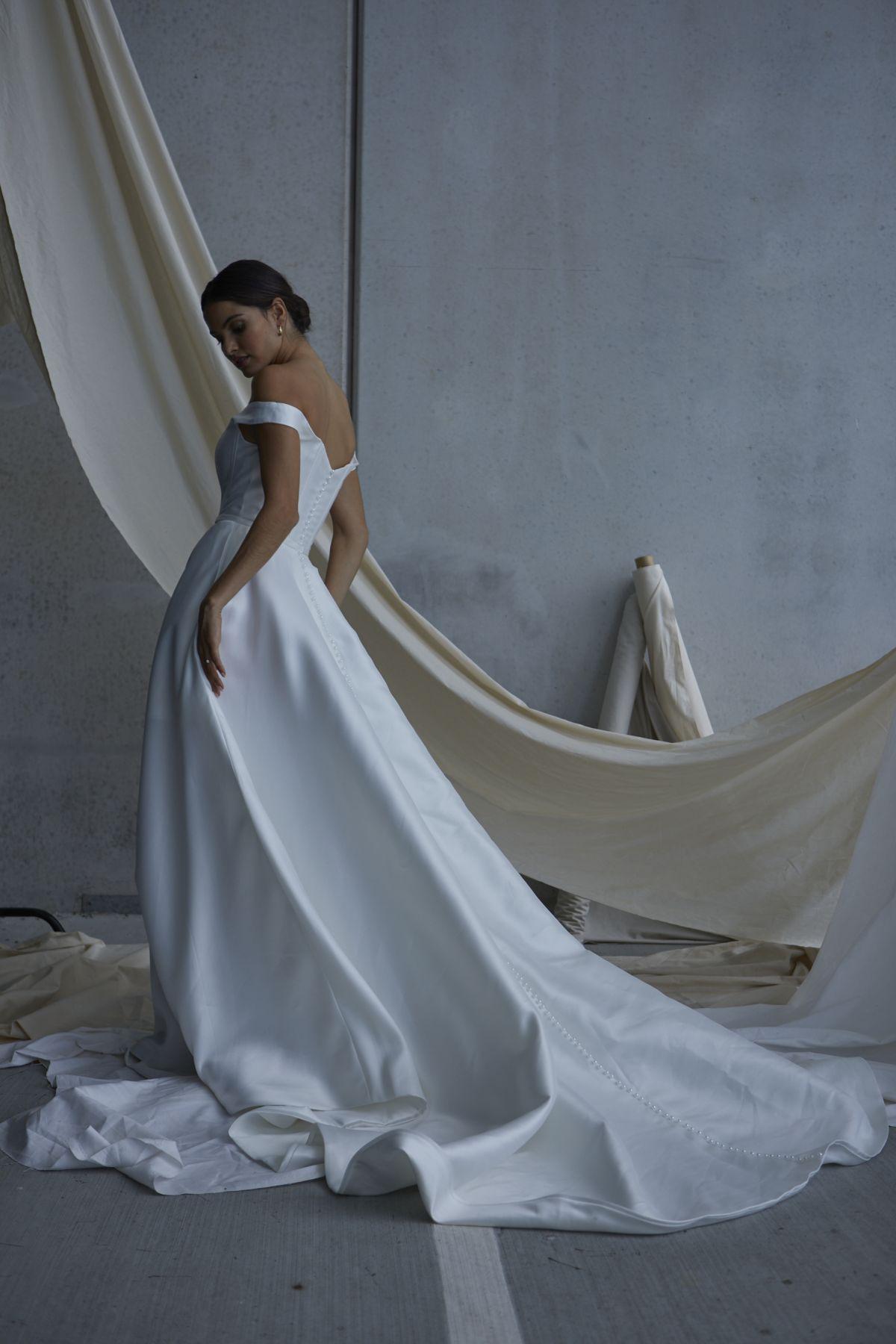 Von Maria Wedding Gown 12_1834 1800Px