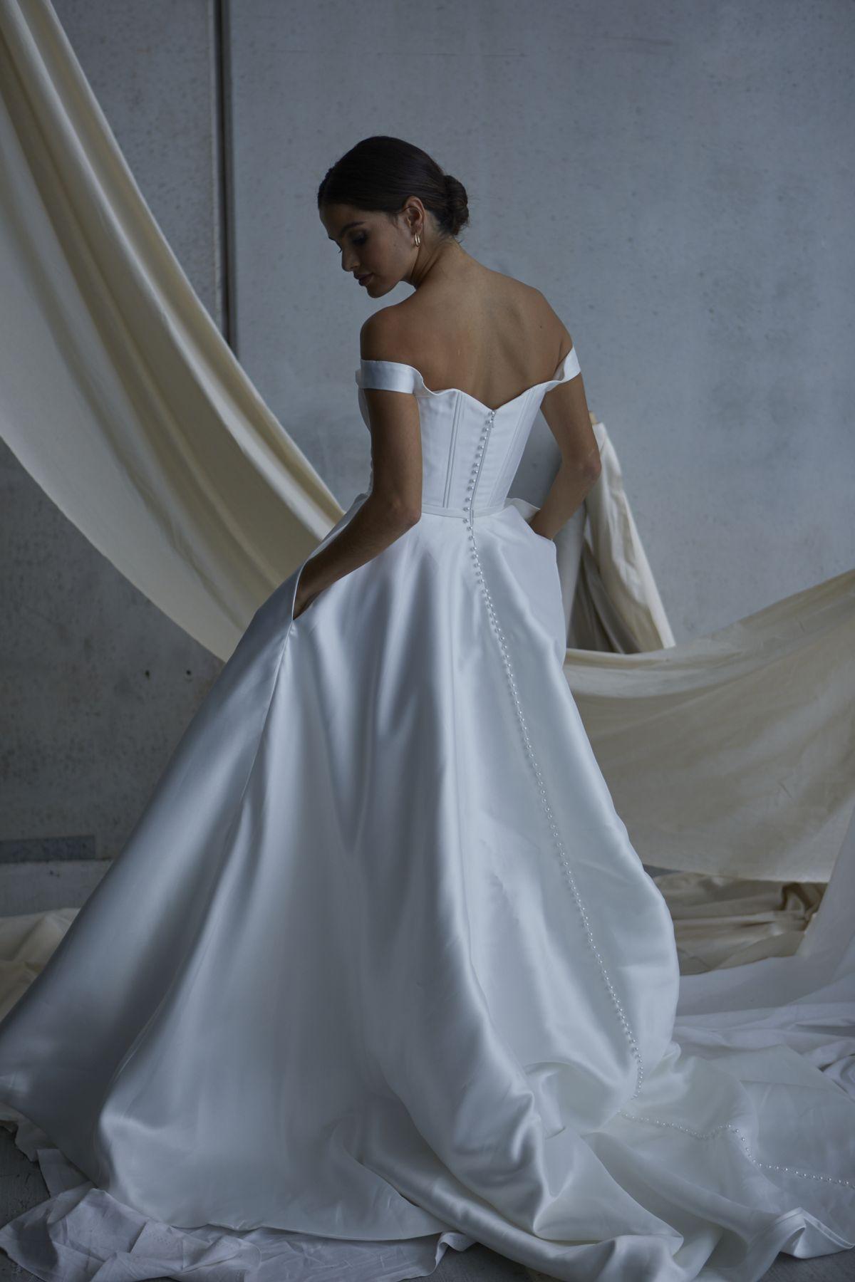 Von Maria Wedding Gown 12_1842 1800Px