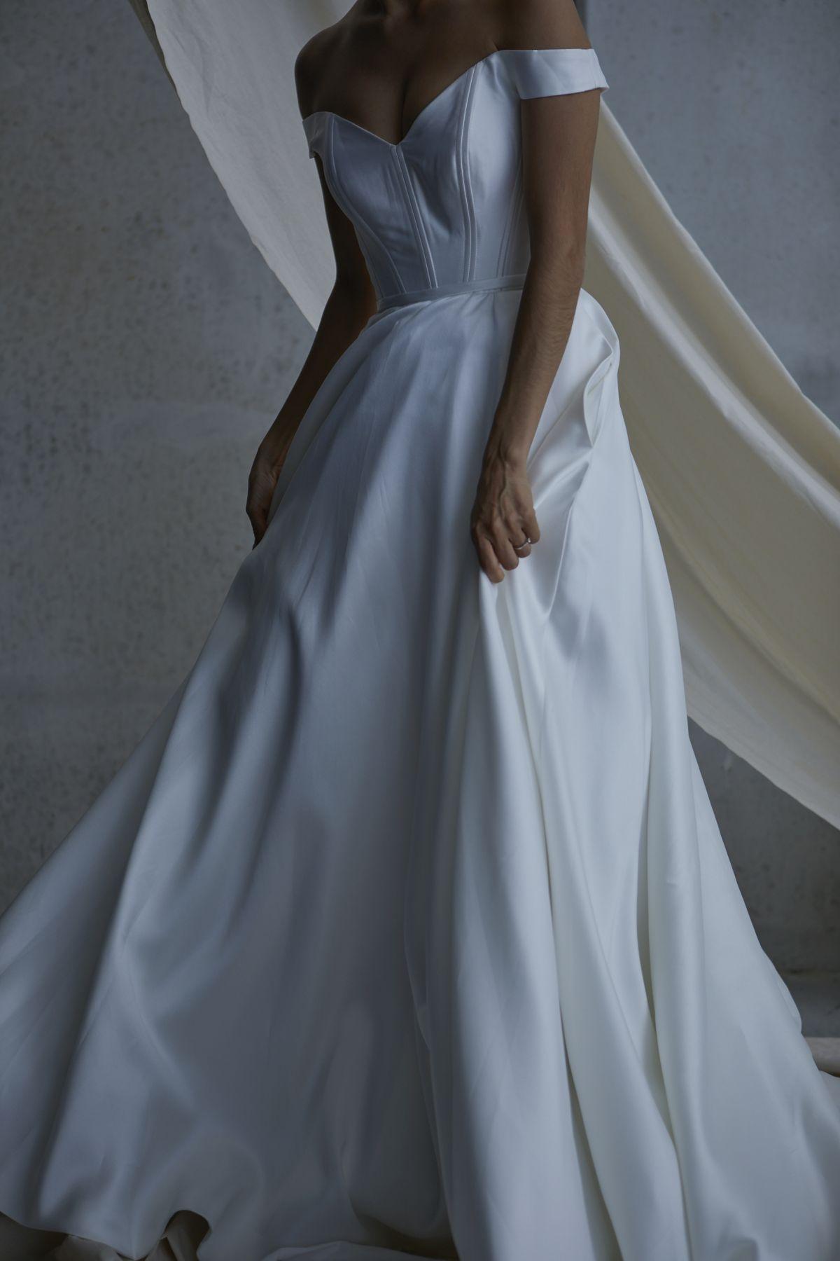 Von Maria Wedding Gown 12_1861 1800Px