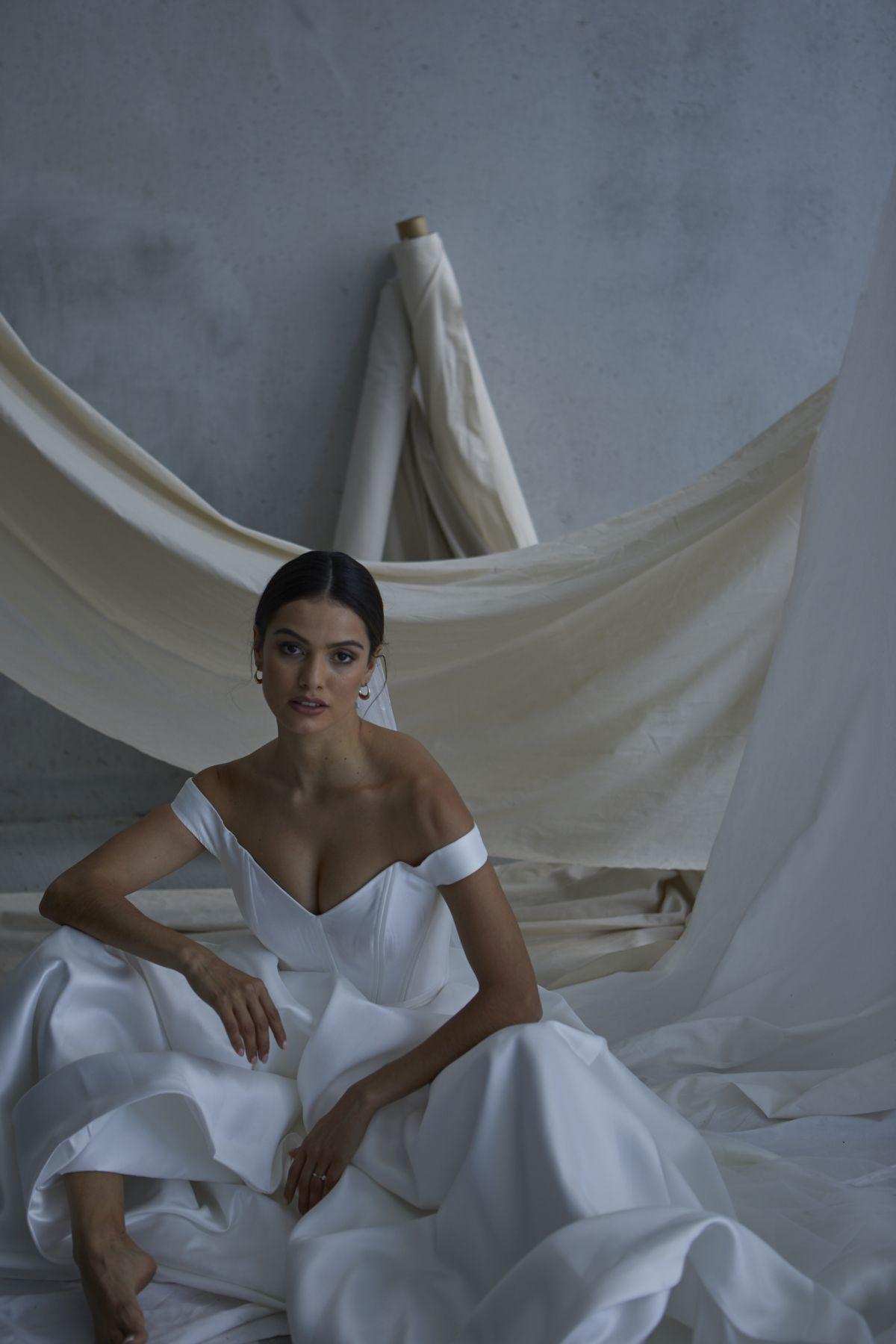 Von Maria Wedding Gown 12_1903 1800Px
