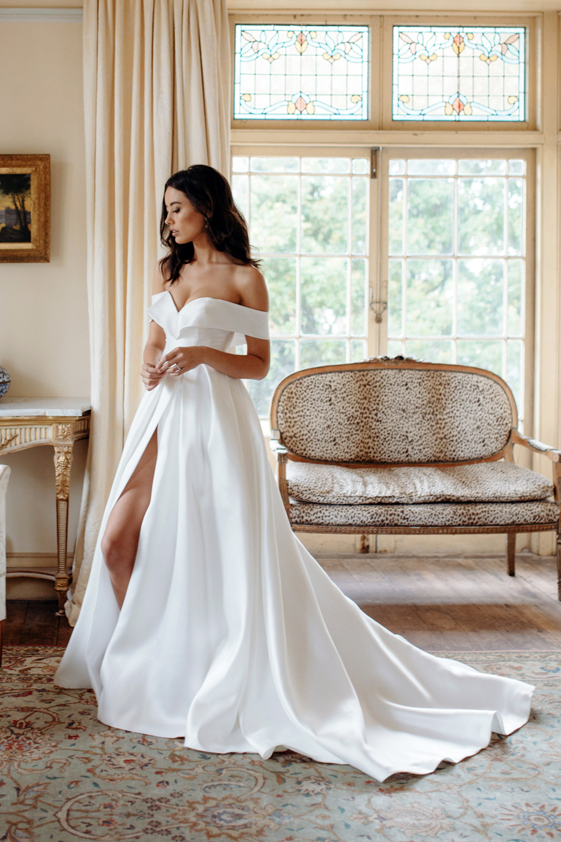 Era Francios Wedding Dress Manor_Portrait 5M1A3667