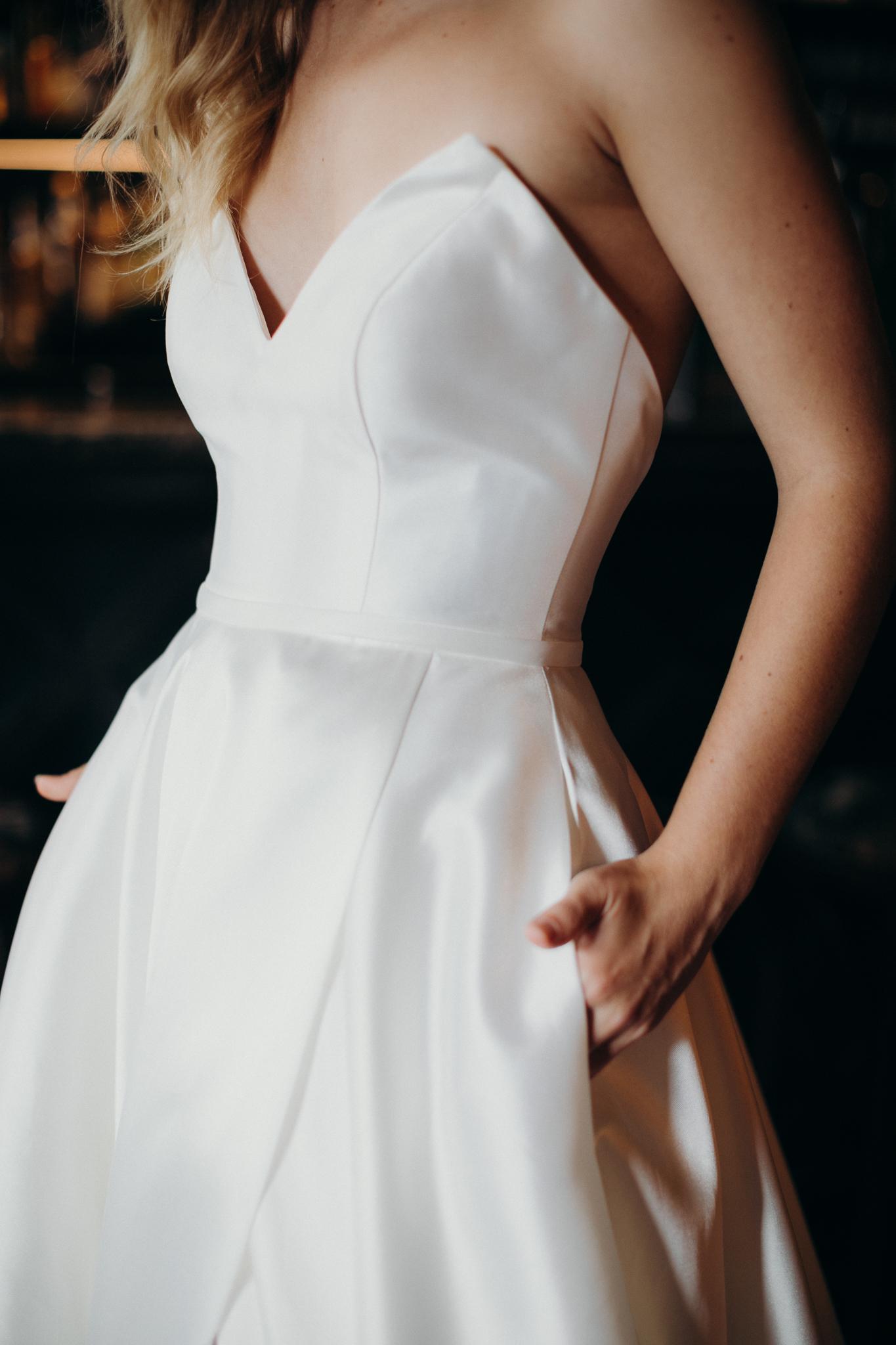 Hera_Scarlett_Wedding_Dress_Krd_Portrait_K079A6054 (1)