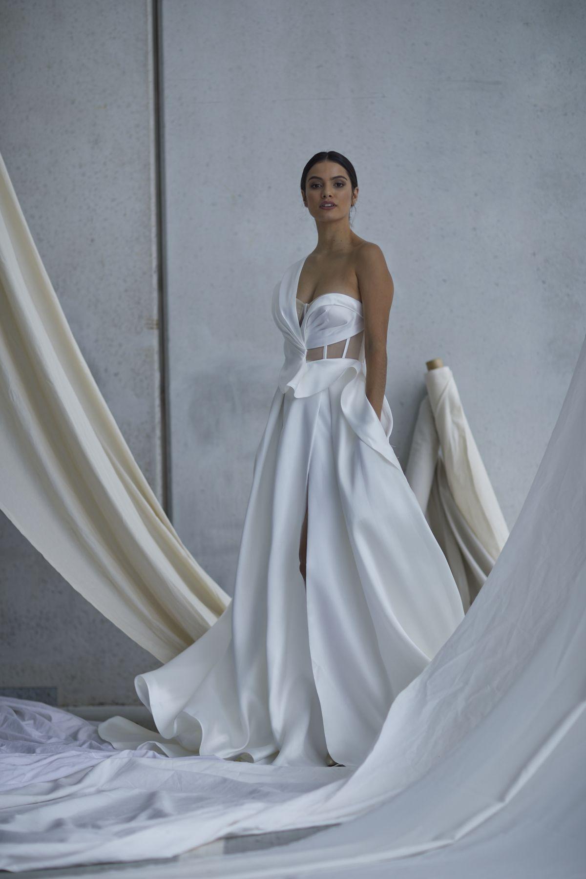 Leonardi Wedding Gown 9_1329 1800Px