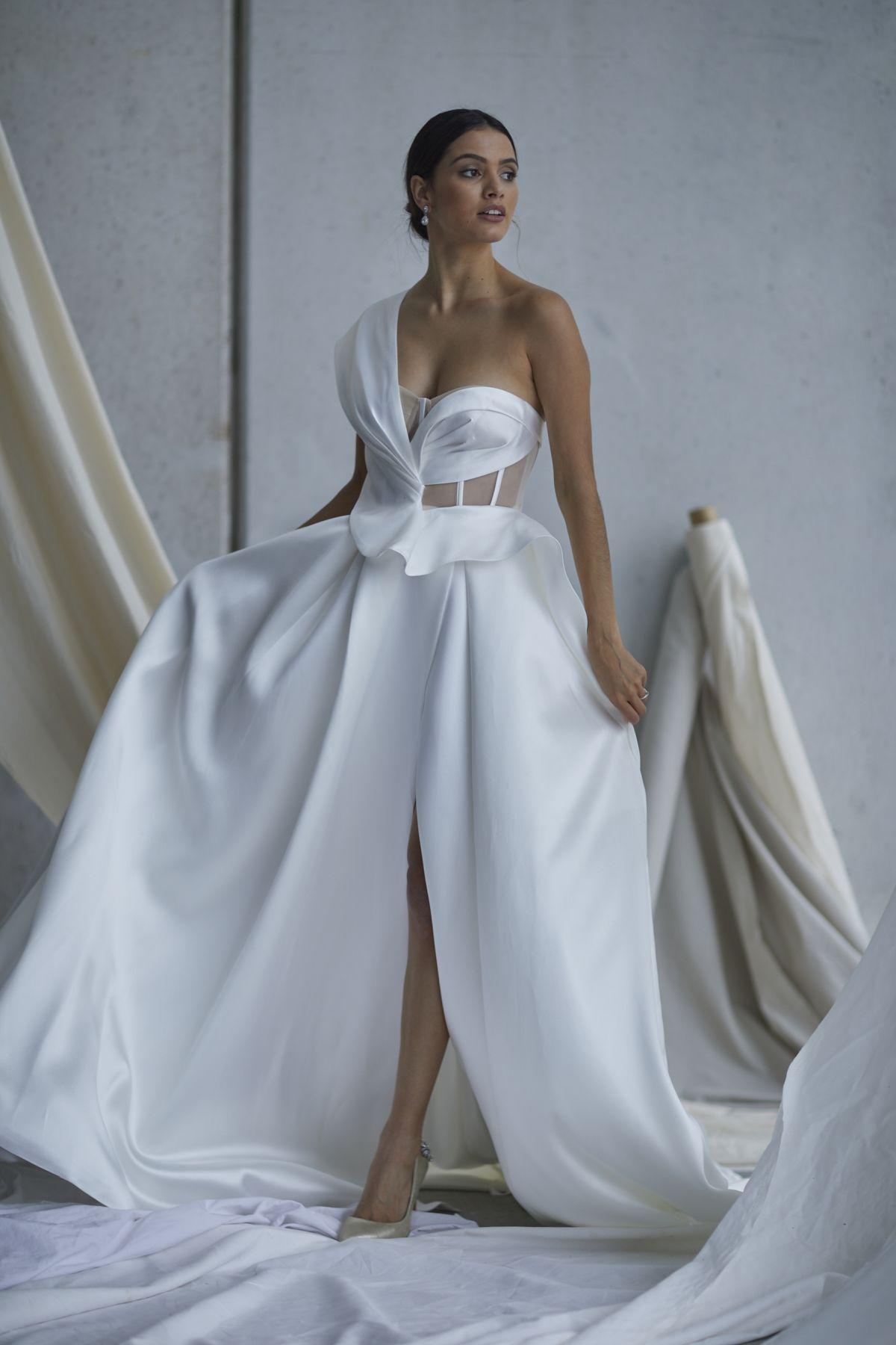 Leonardi Wedding Gown 9_1357 1800Px