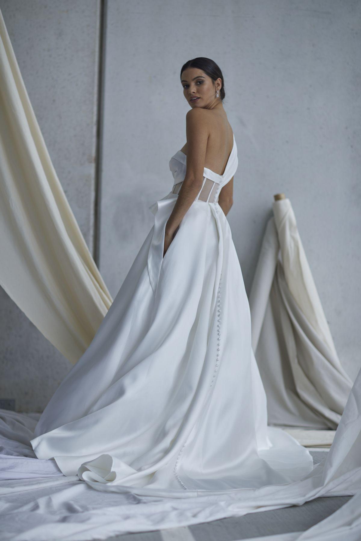 Leonardi Wedding Gown 9_1466 1800Px