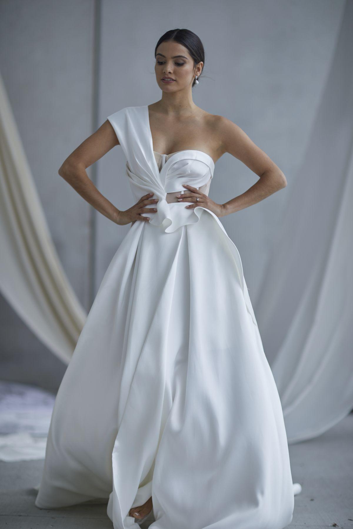Leonardi Wedding Gown 9_1522 1800Px