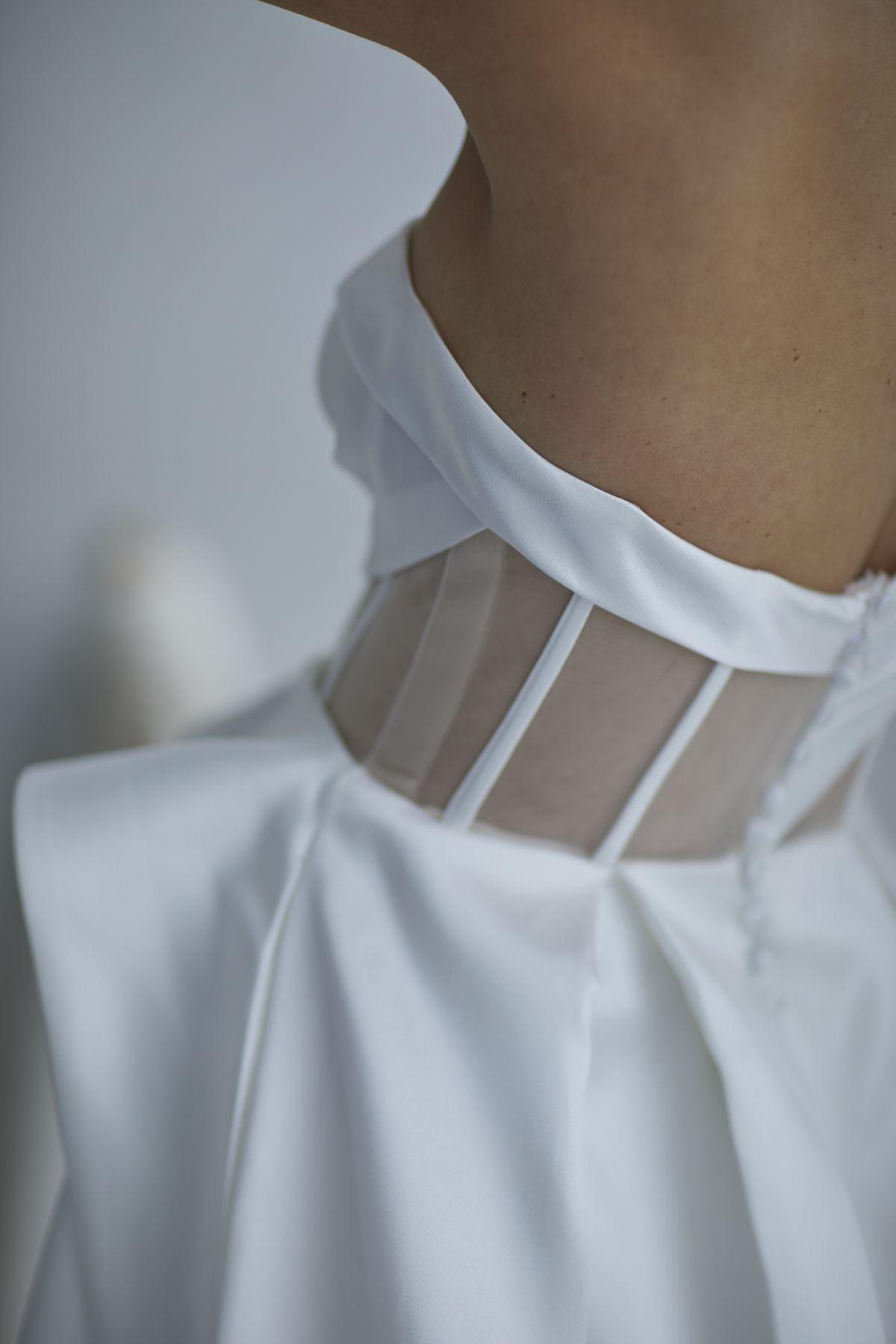Leonardi Wedding Gown 9_1525 1800Px