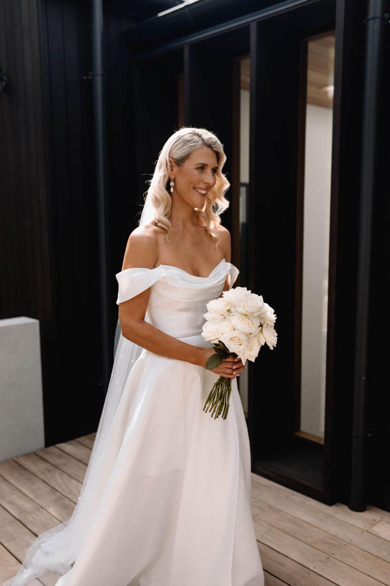 03 Bride Getting Ready