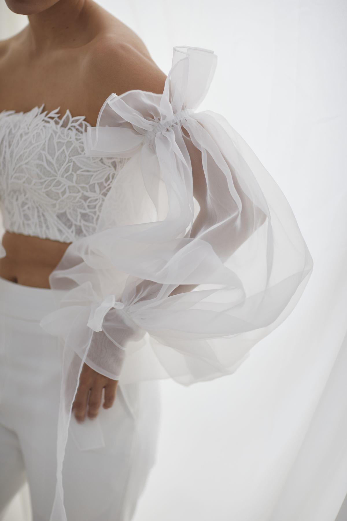 Autunno Sleeves Organza Wedding Gown 52_3638