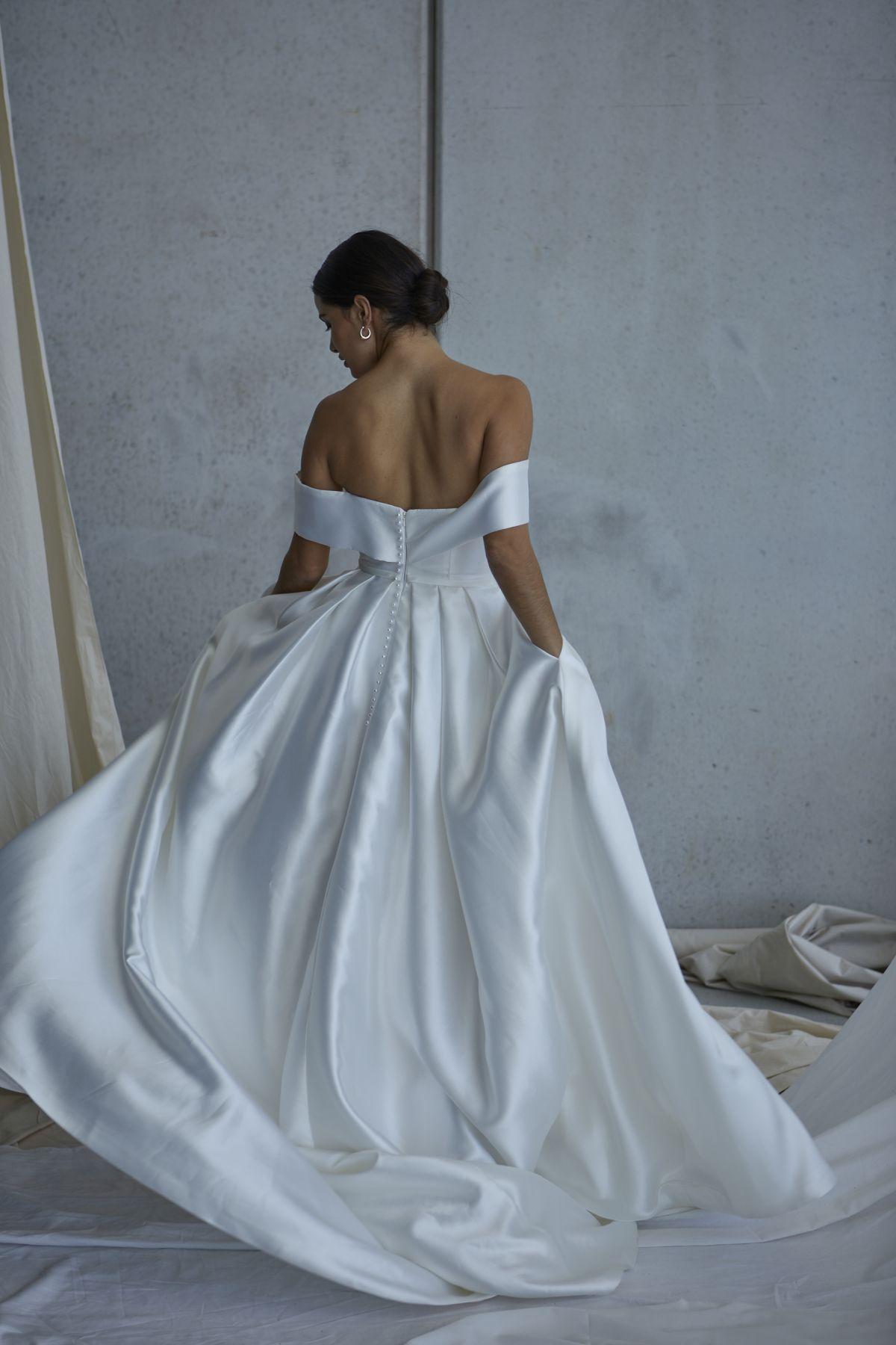 Francois Wedding Gown 15_2355 1800Px