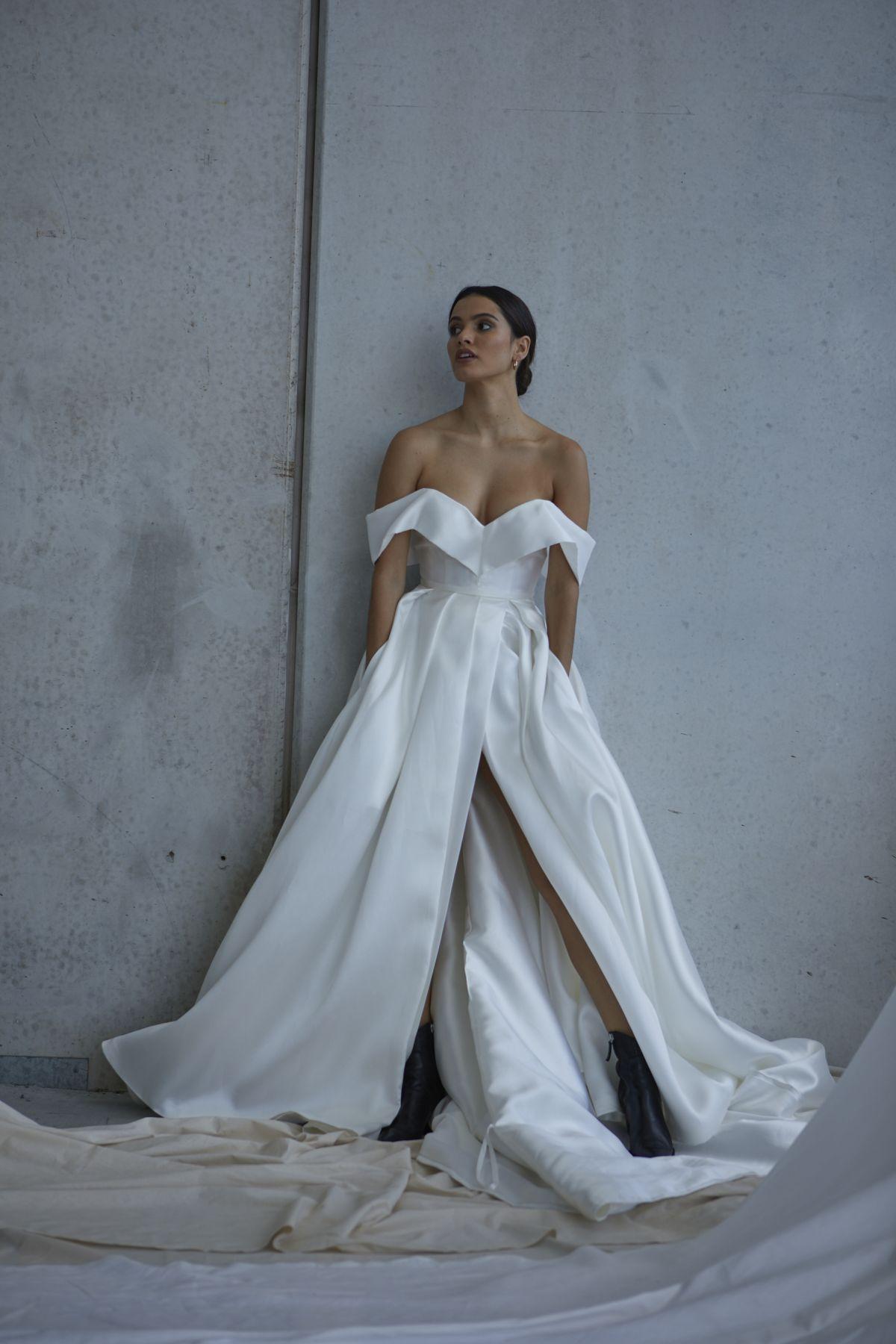 Francois Wedding Gown 15_2360 1800Px