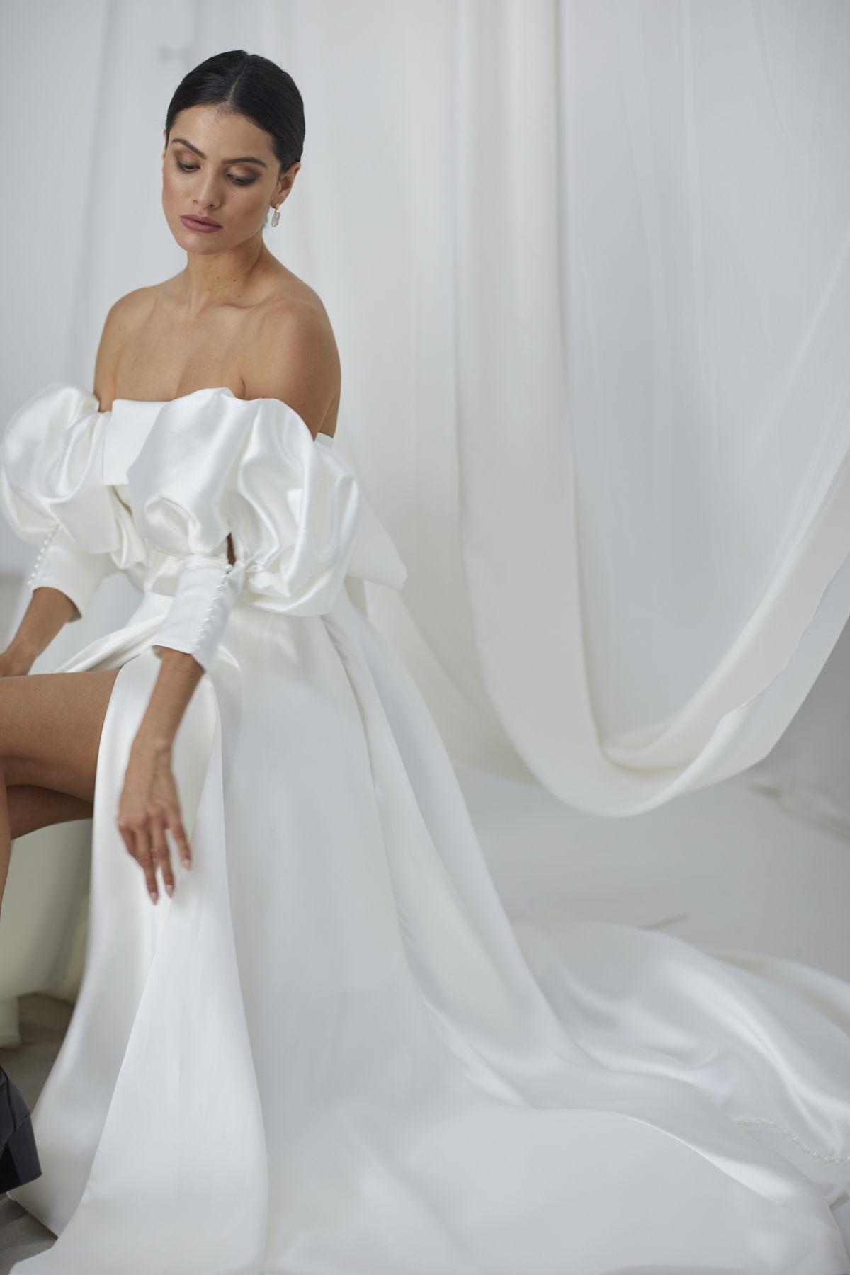 Kisa Mikaido Wedding Gown 26_1906