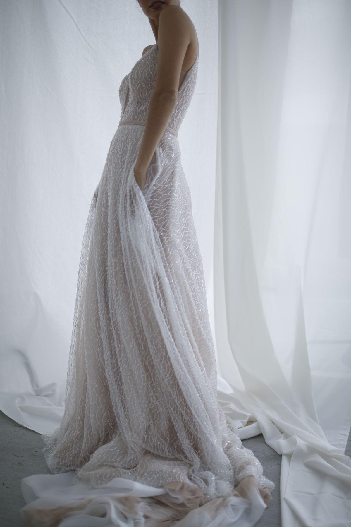 Laurent In Blush Wedding Gown 4_0432 1800Px