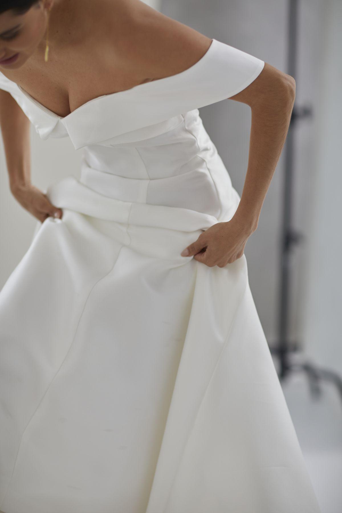 Le Jolie Wedding Gown 5_0356 1800Px