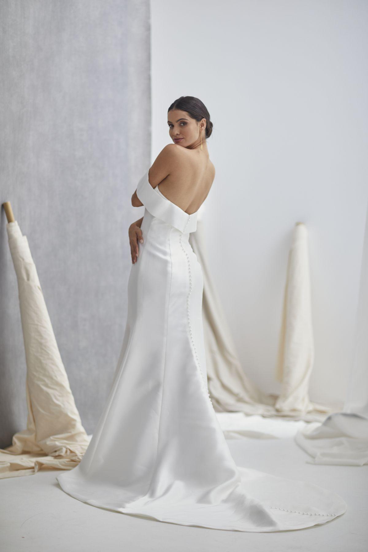 Le Jolie Wedding Gown 5_0427 1800Px