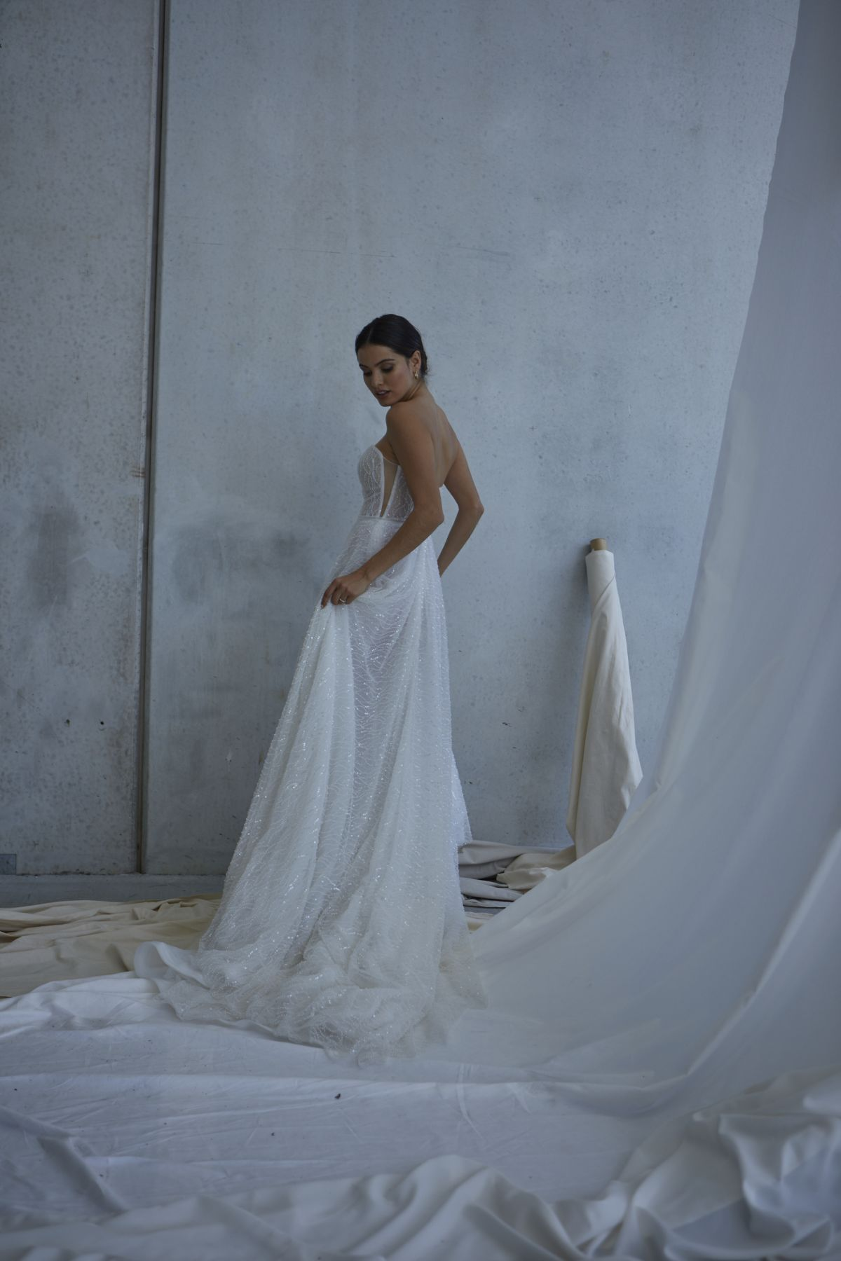 Lopez In Ivory Wedding Gown 16_2518 1800Px