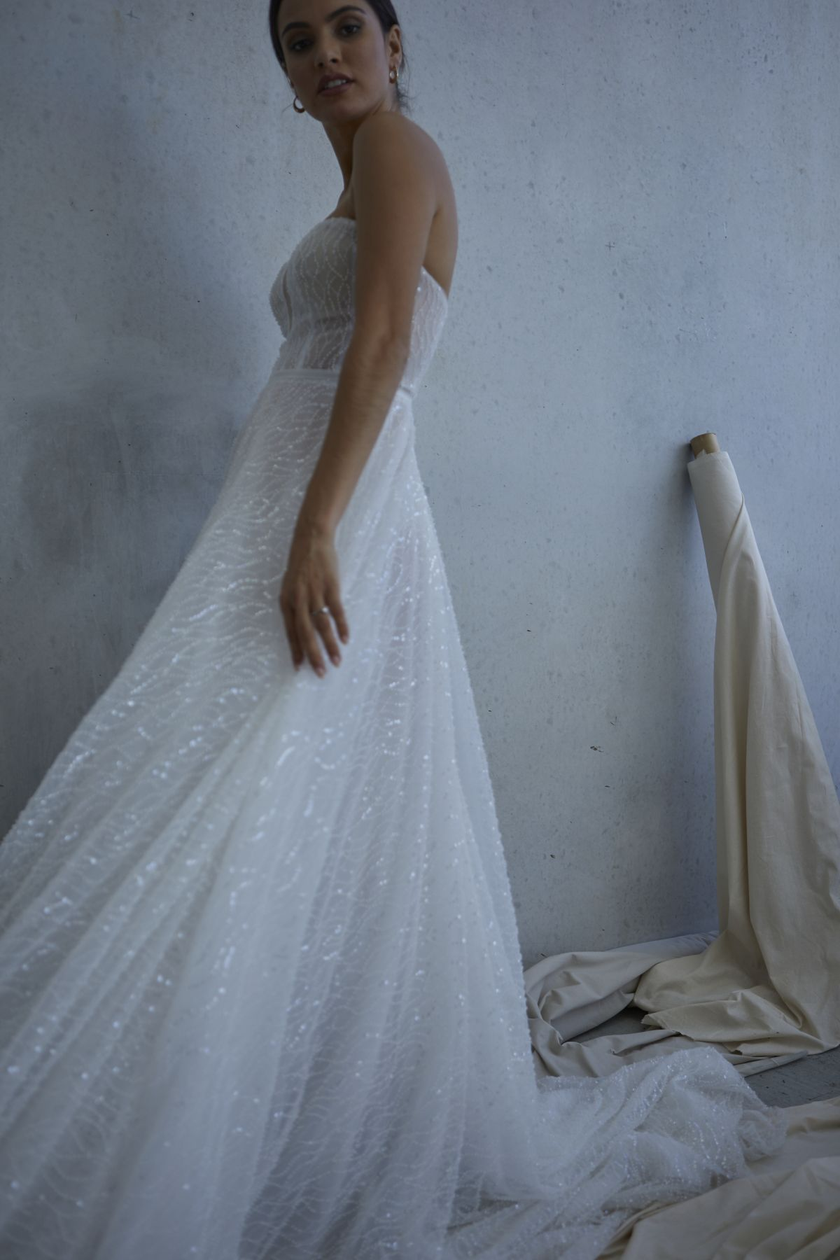 Lopez In Ivory Wedding Gown 16_2539 1800Px