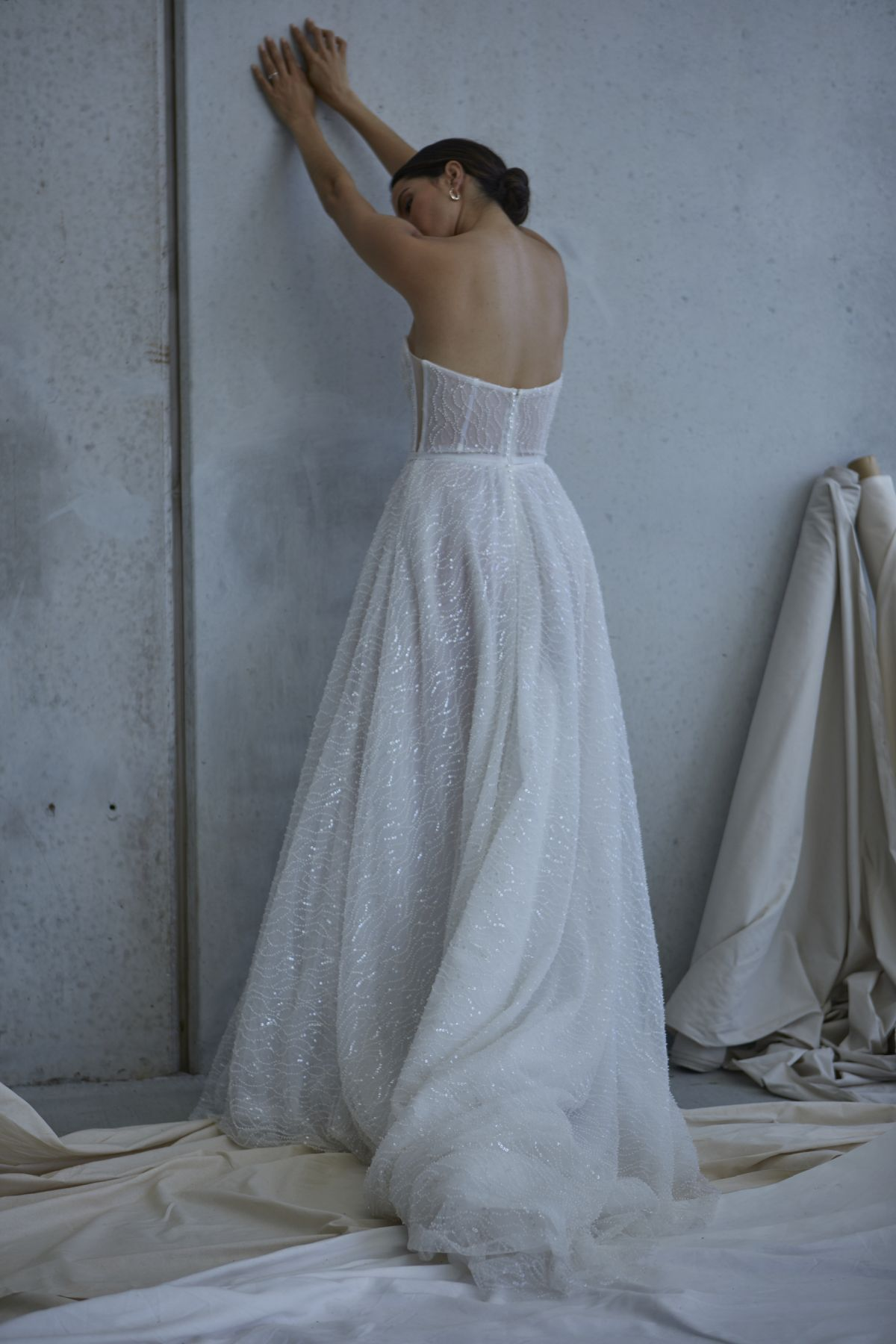 Lopez In Ivory Wedding Gown 16_2578 1800Px