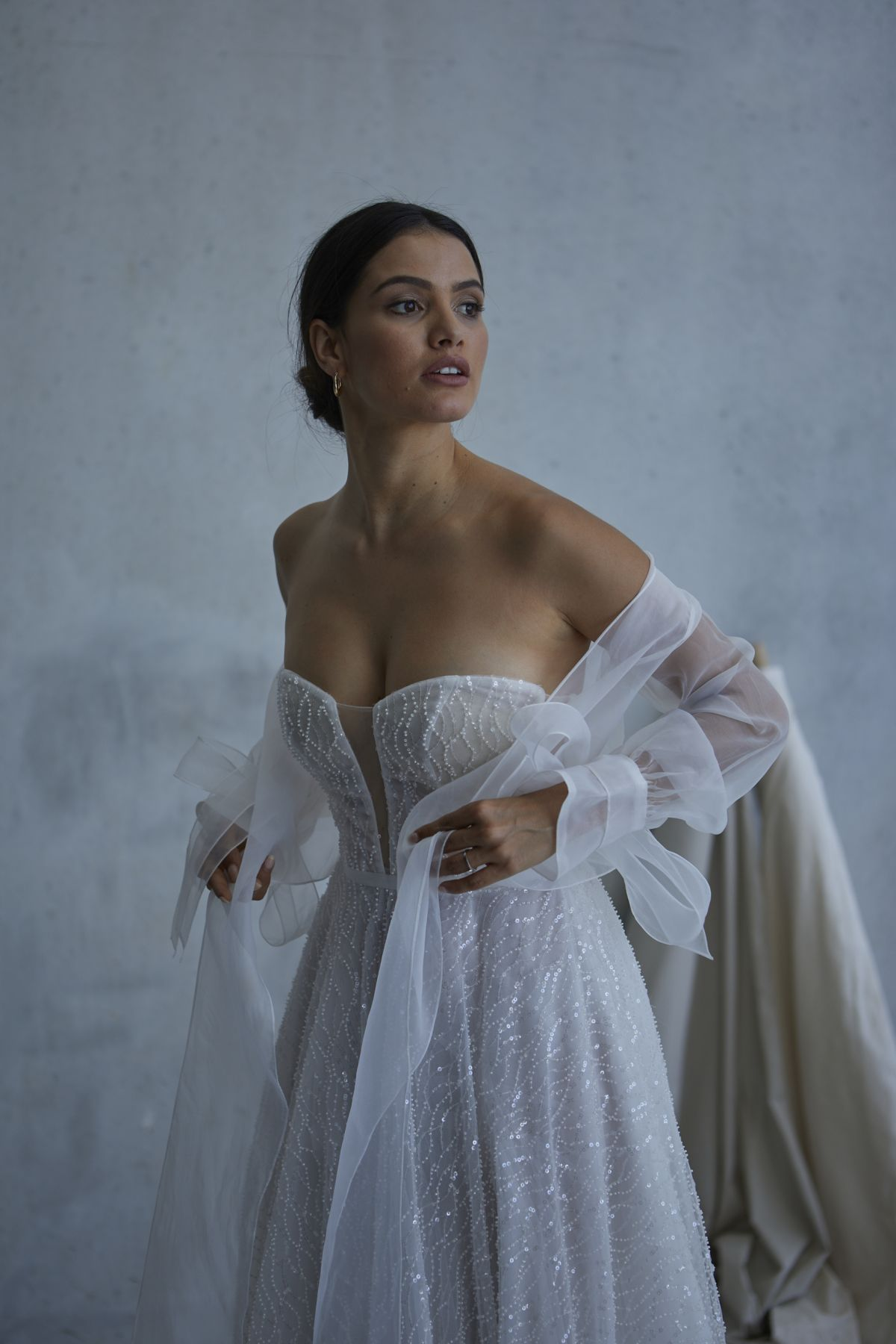Lopez In Ivory Wedding Gown 16_2582 1800Px