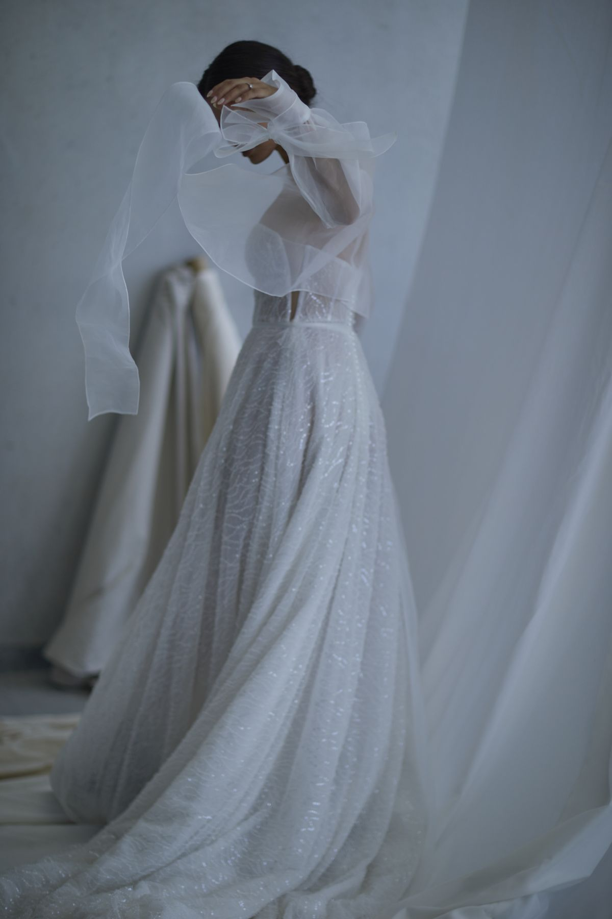 Lopez In Ivory Wedding Gown 16_2605 1800Px