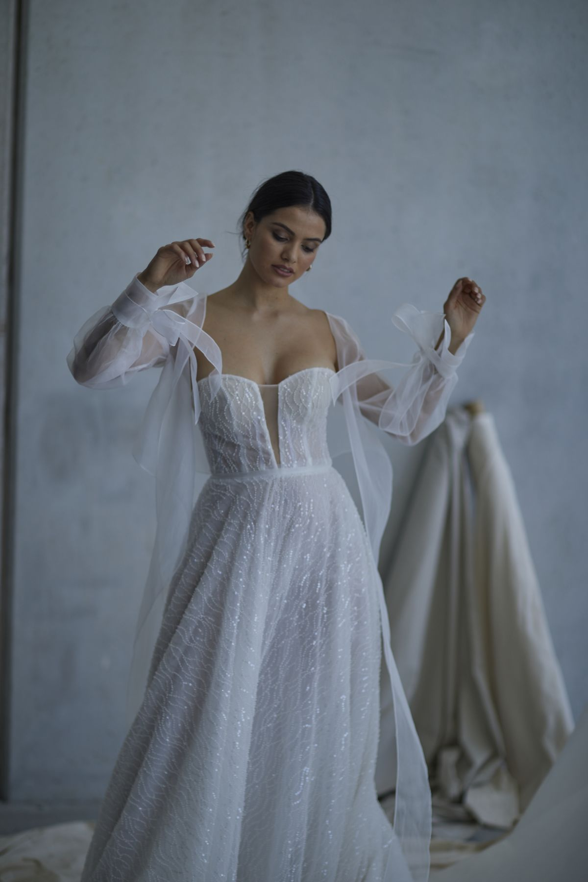 Lopez In Ivory Wedding Gown 16_2610 1800Px