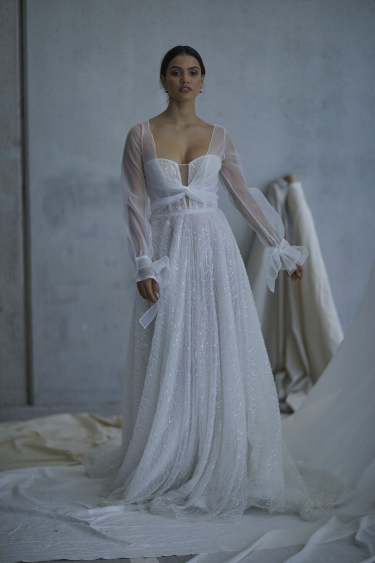 Lopez In Ivory Wedding Gown 16_2615 1800Px