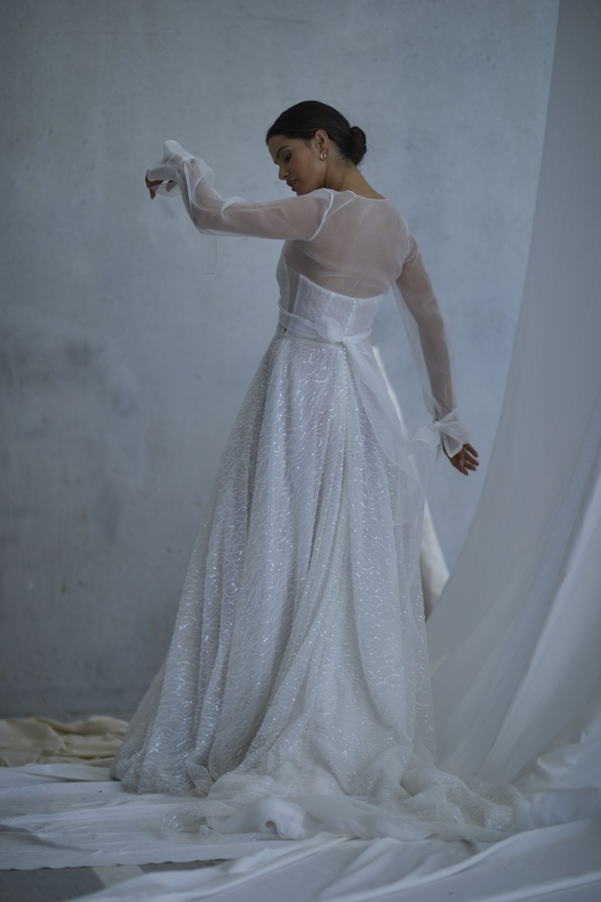 Lopez In Ivory Wedding Gown 16_2646 1800Px